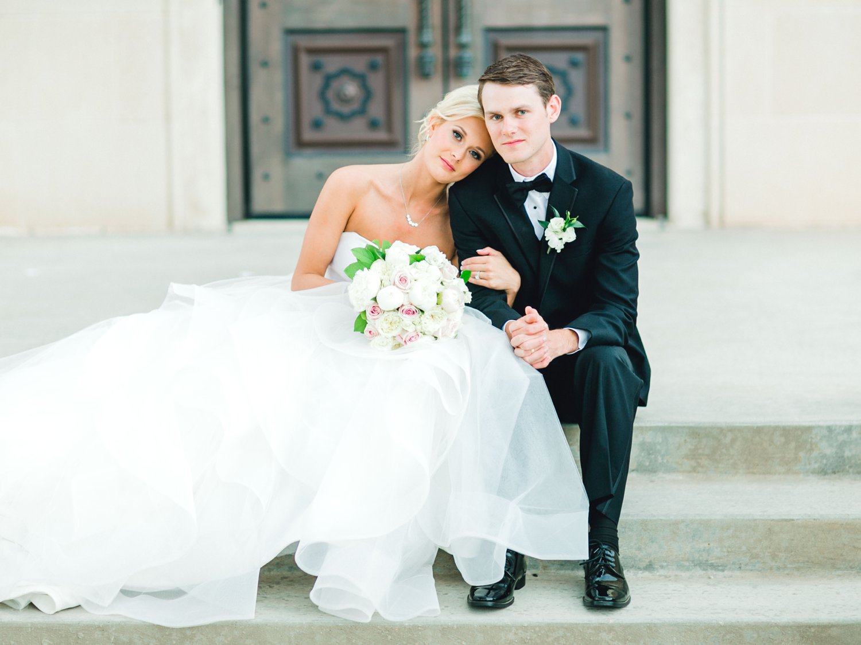 Taylor-and-Brock-Williams-Texas-Tech-University-Merket-Alumni-Center-Lubbock-Photographer-ALLEEJ0163.jpg