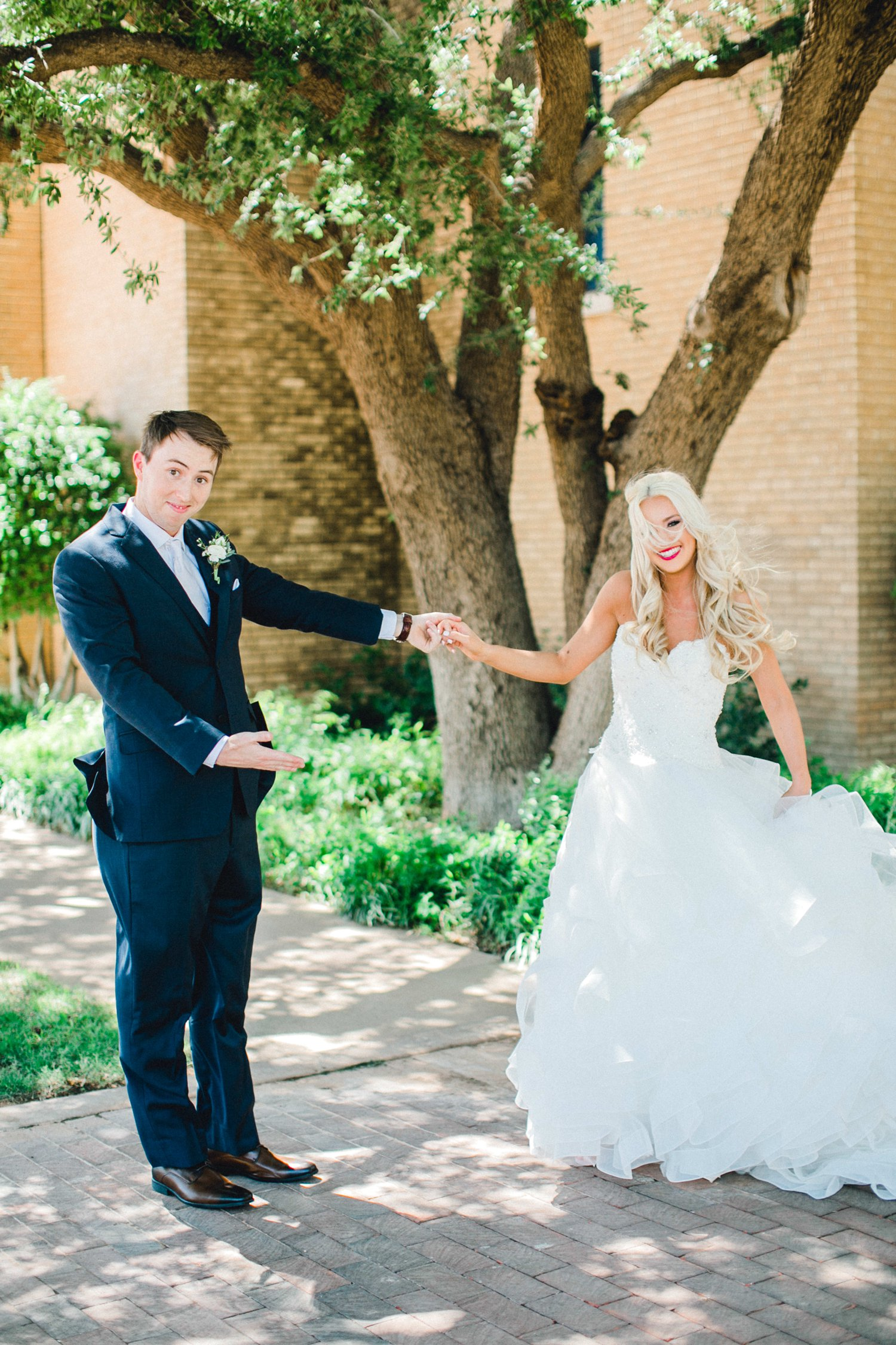 MADI_AND_WILL_STEPHENS_ALLEEJ_LUBBOCK_PHOTOGRAPHER_TEXAS+TECH+FRAZIER_ALUMNI0032.jpg