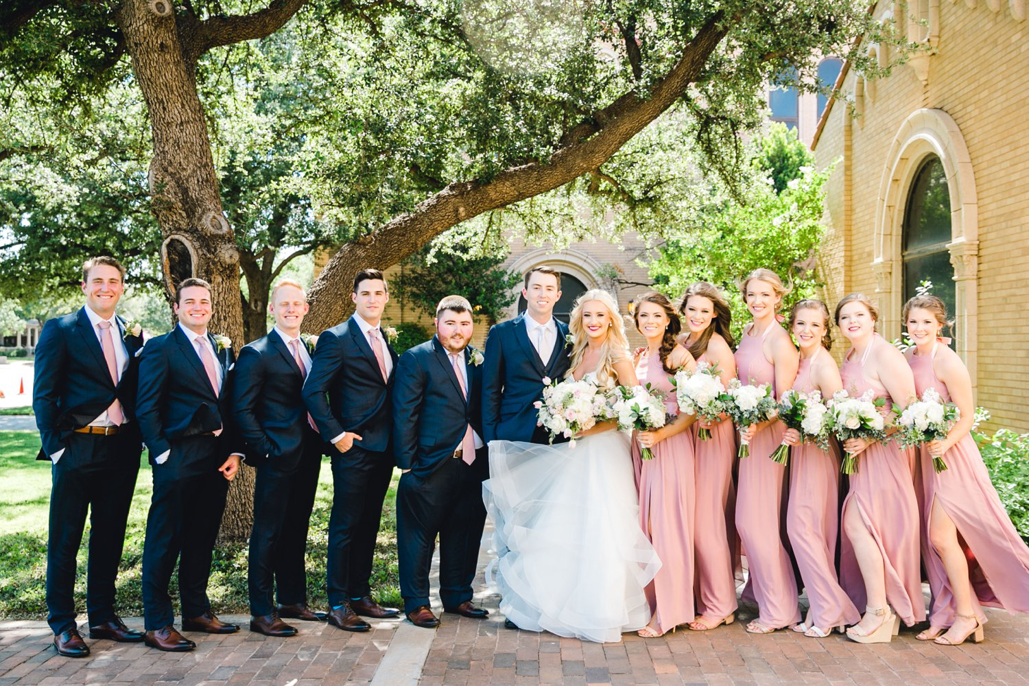 MADI_AND_WILL_STEPHENS_ALLEEJ_LUBBOCK_PHOTOGRAPHER_TEXAS+TECH+FRAZIER_ALUMNI0043.jpg