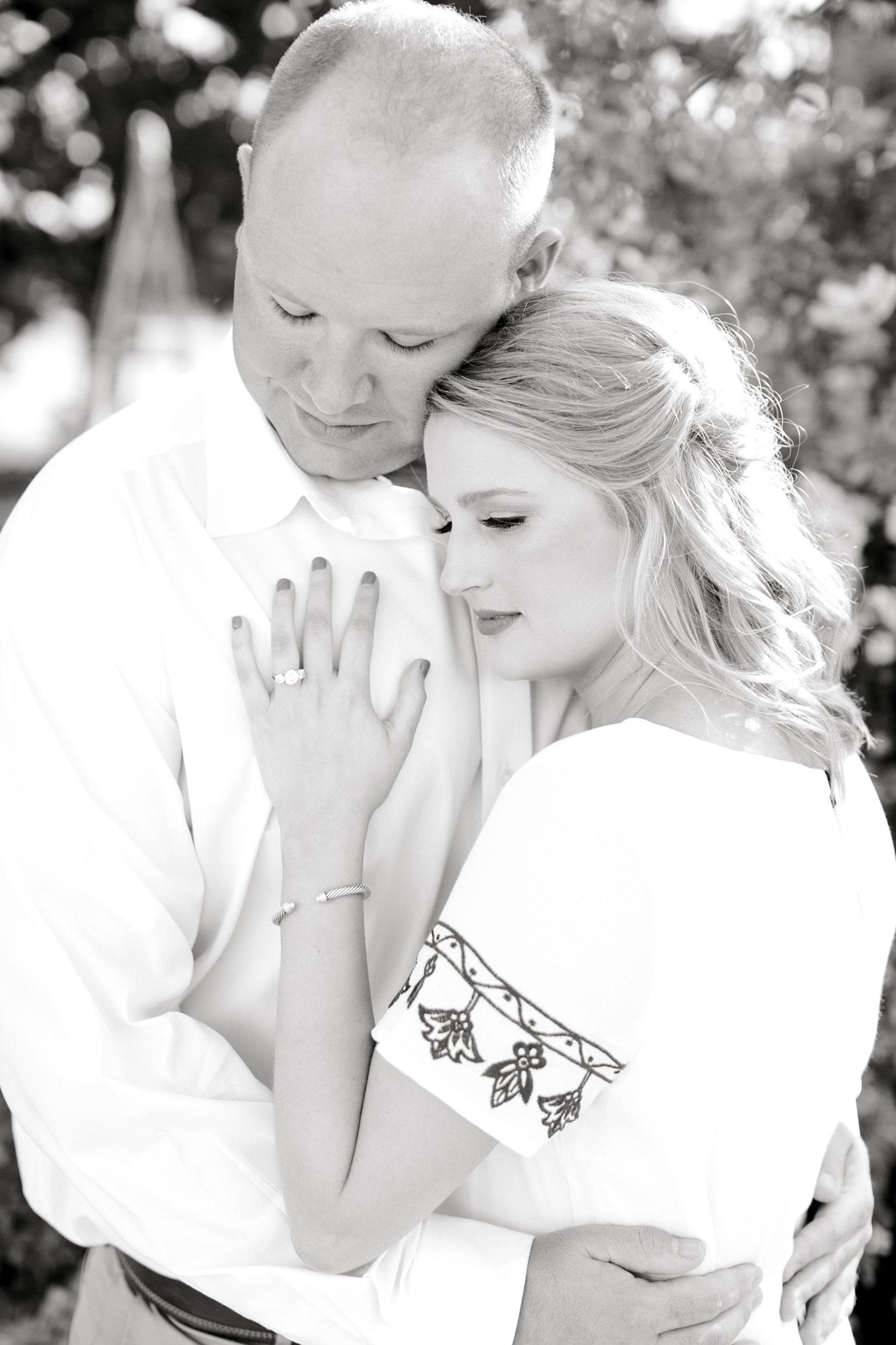 Morgan_and_Chris_Hebert_ALLEEJ_Engagement_Photographer_Lubbock_0012.jpg