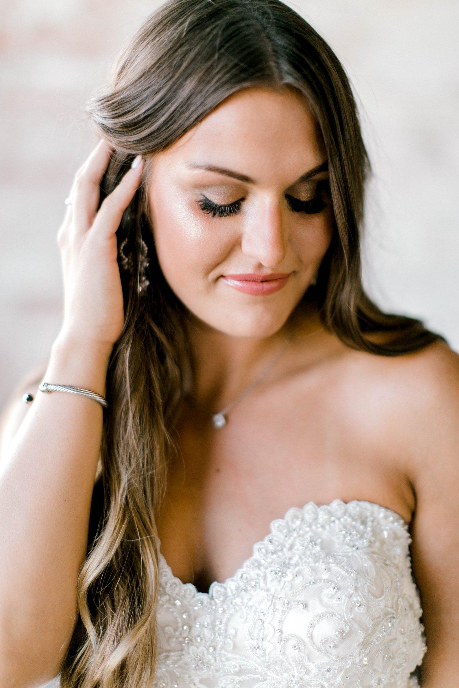 Kendra_Hill_Bridals_ALLEEJ_Lubbock_Wedding_Photographer_LHUCA_0009.jpg