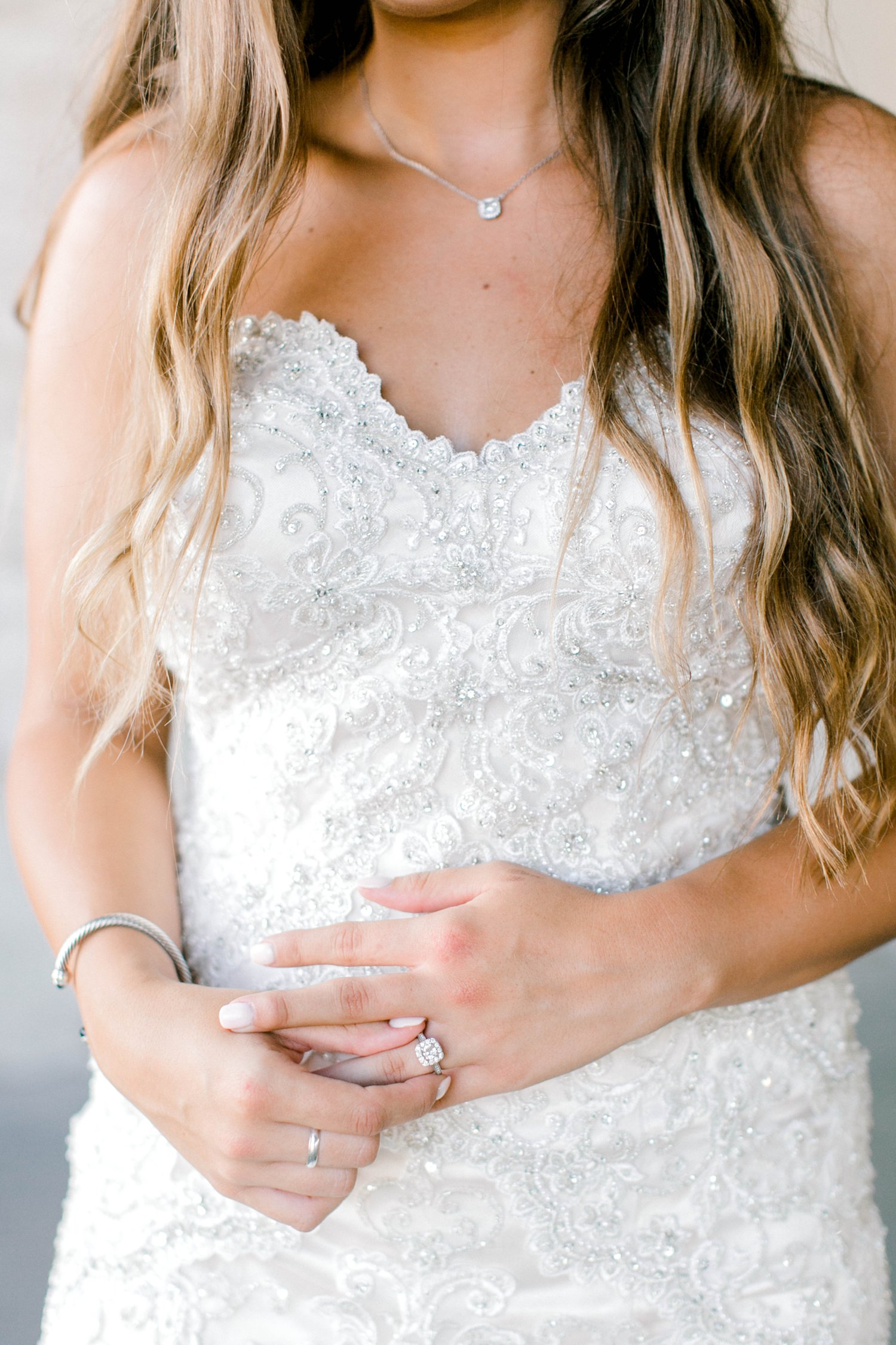 Kendra_Hill_Bridals_ALLEEJ_Lubbock_Wedding_Photographer_LHUCA_0018.jpg