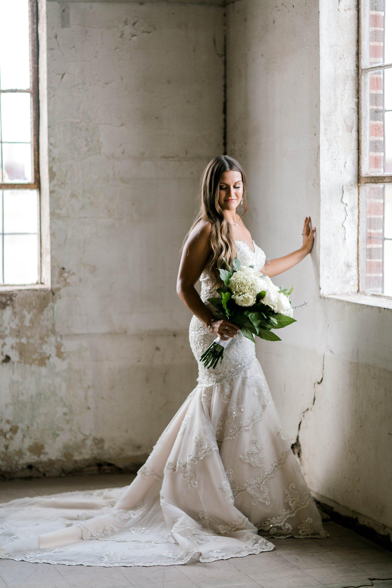 Kendra_Hill_Bridals_ALLEEJ_Lubbock_Wedding_Photographer_LHUCA_0028.jpg