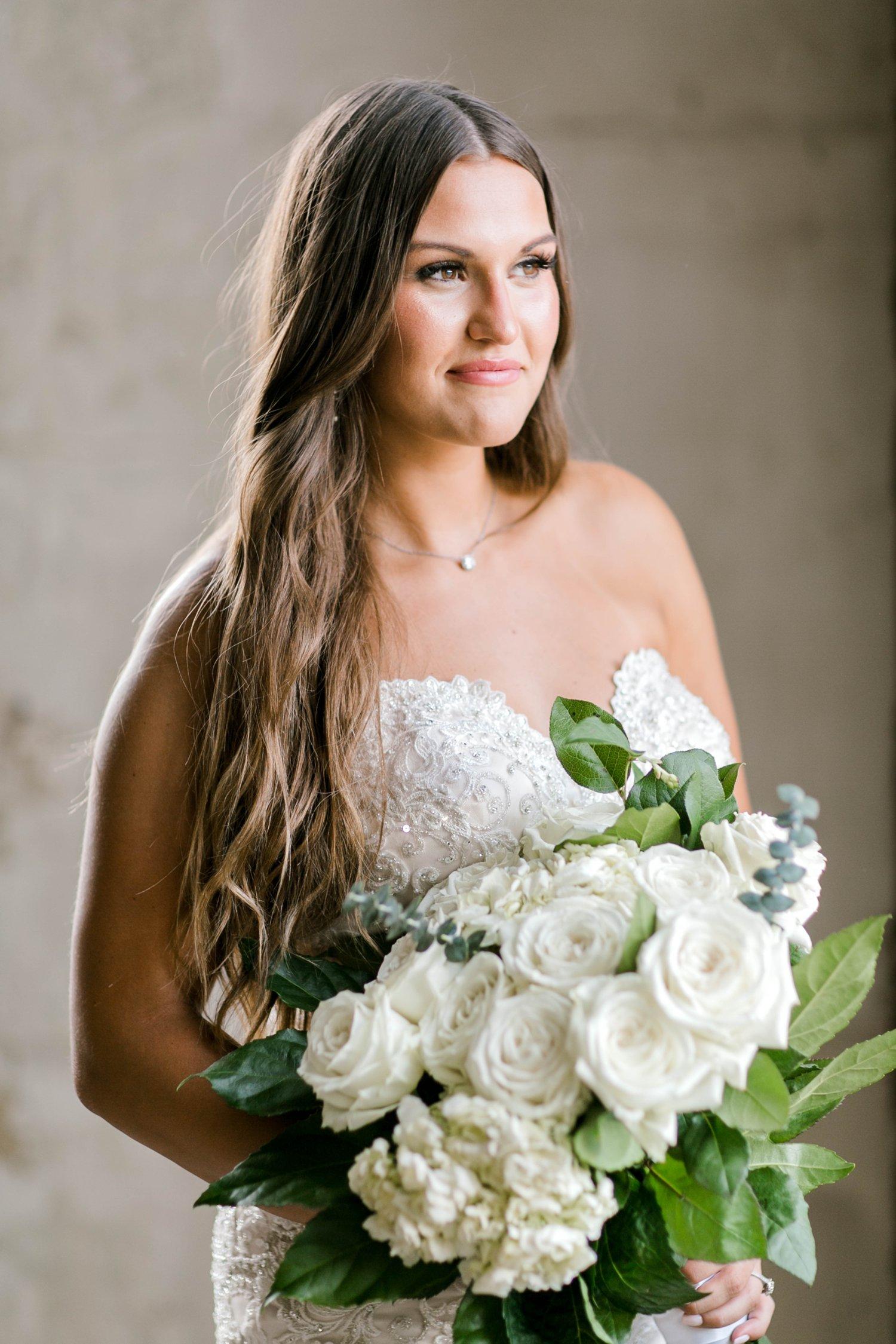 Kendra_Hill_Bridals_ALLEEJ_Lubbock_Wedding_Photographer_LHUCA_0030.jpg