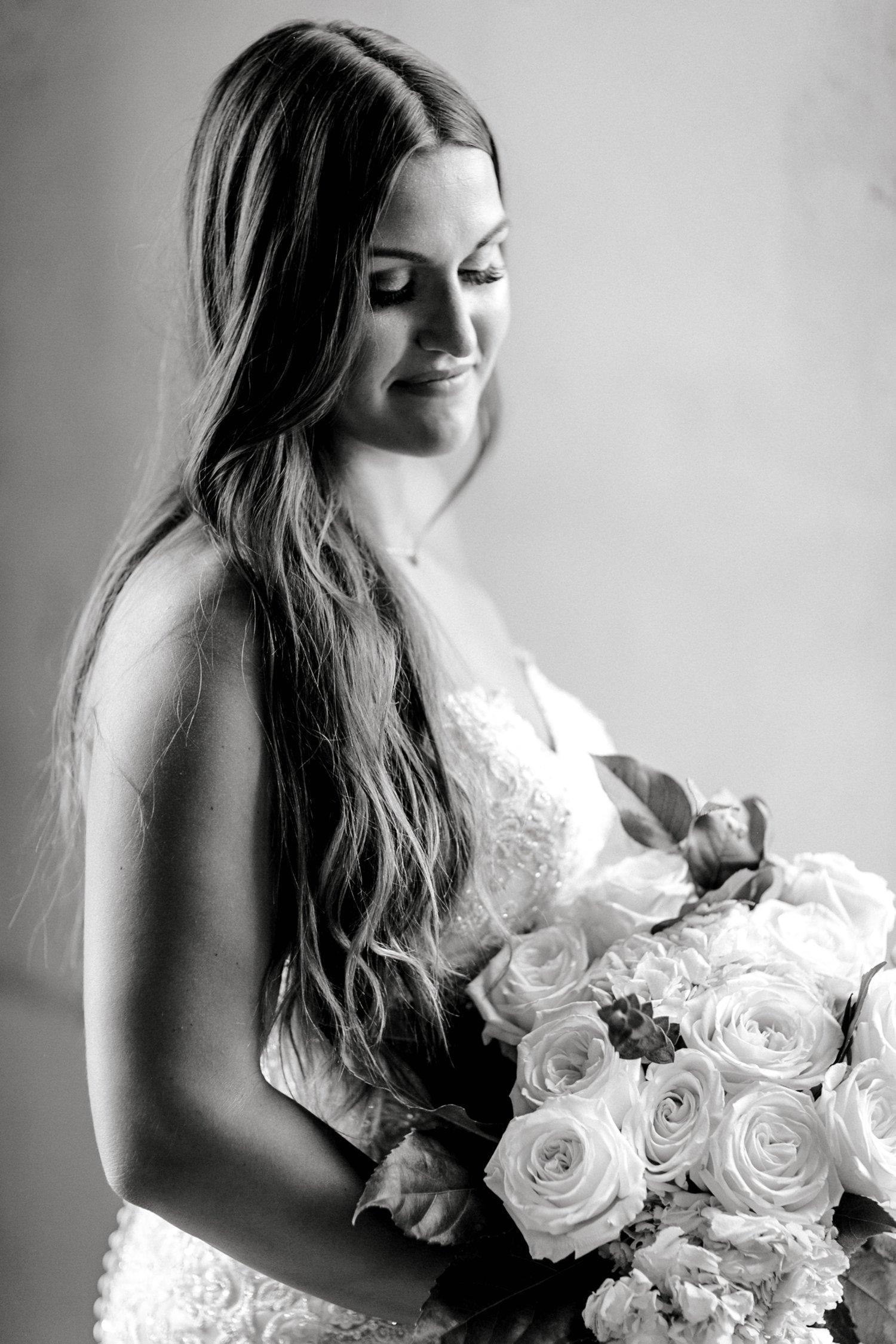 Kendra_Hill_Bridals_ALLEEJ_Lubbock_Wedding_Photographer_LHUCA_0031.jpg