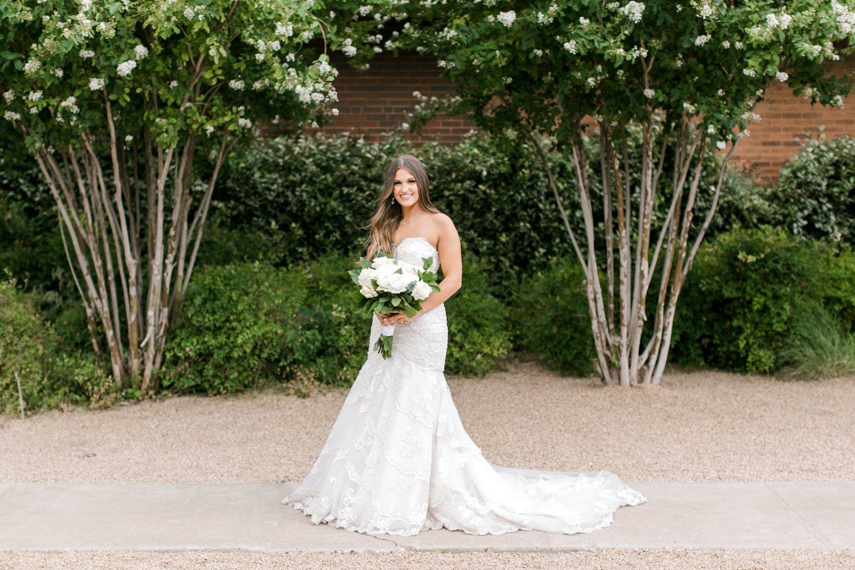 Kendra_Hill_Bridals_ALLEEJ_Lubbock_Wedding_Photographer_LHUCA_0035.jpg