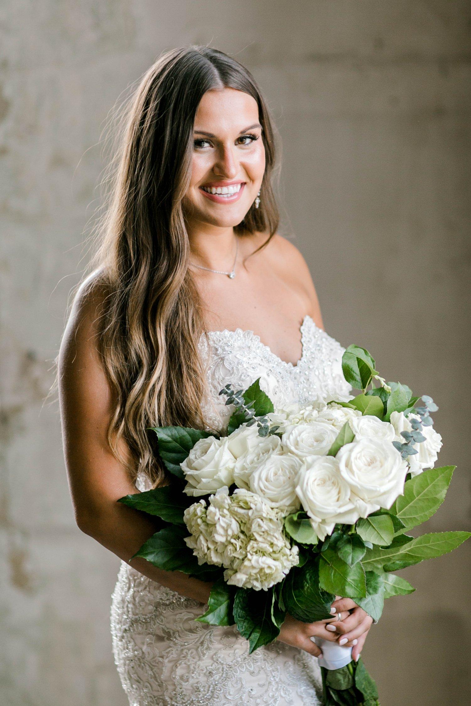 Kendra_Hill_Bridals_ALLEEJ_Lubbock_Wedding_Photographer_LHUCA_0036.jpg