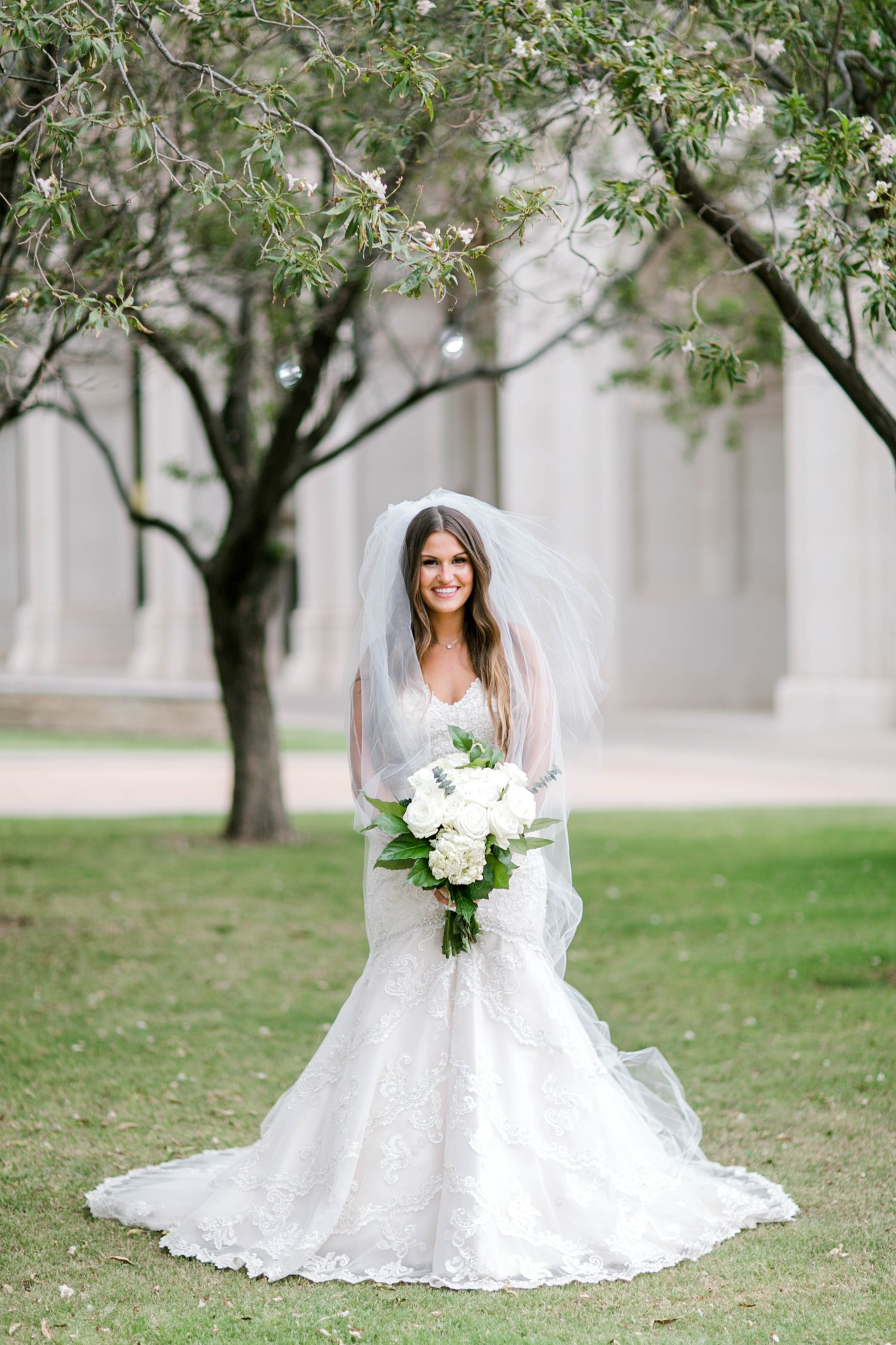 Kendra_Hill_Bridals_ALLEEJ_Lubbock_Wedding_Photographer_LHUCA_0041.jpg