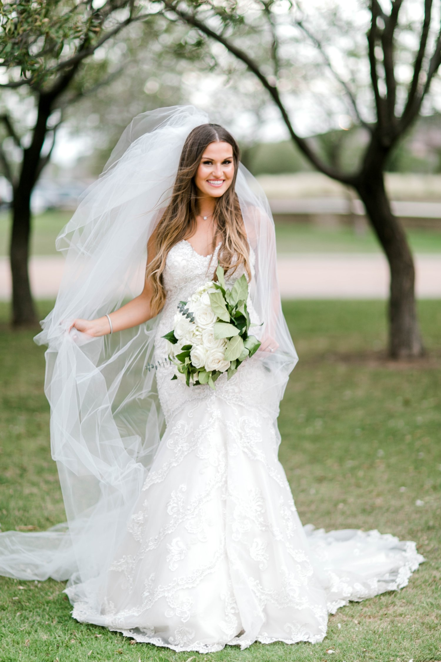 Kendra_Hill_Bridals_ALLEEJ_Lubbock_Wedding_Photographer_LHUCA_0043.jpg