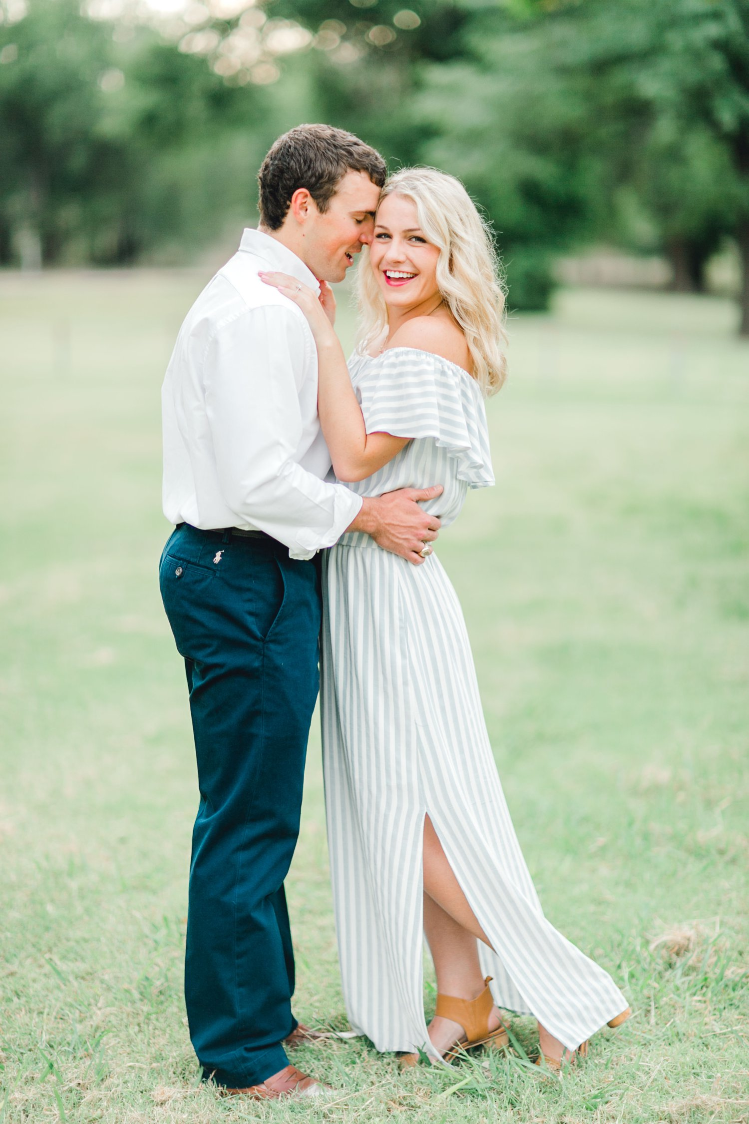 Allison_and_Clay_Smart_Engagements_ALLEEJ_Lubbock_Photographer_0011.jpg