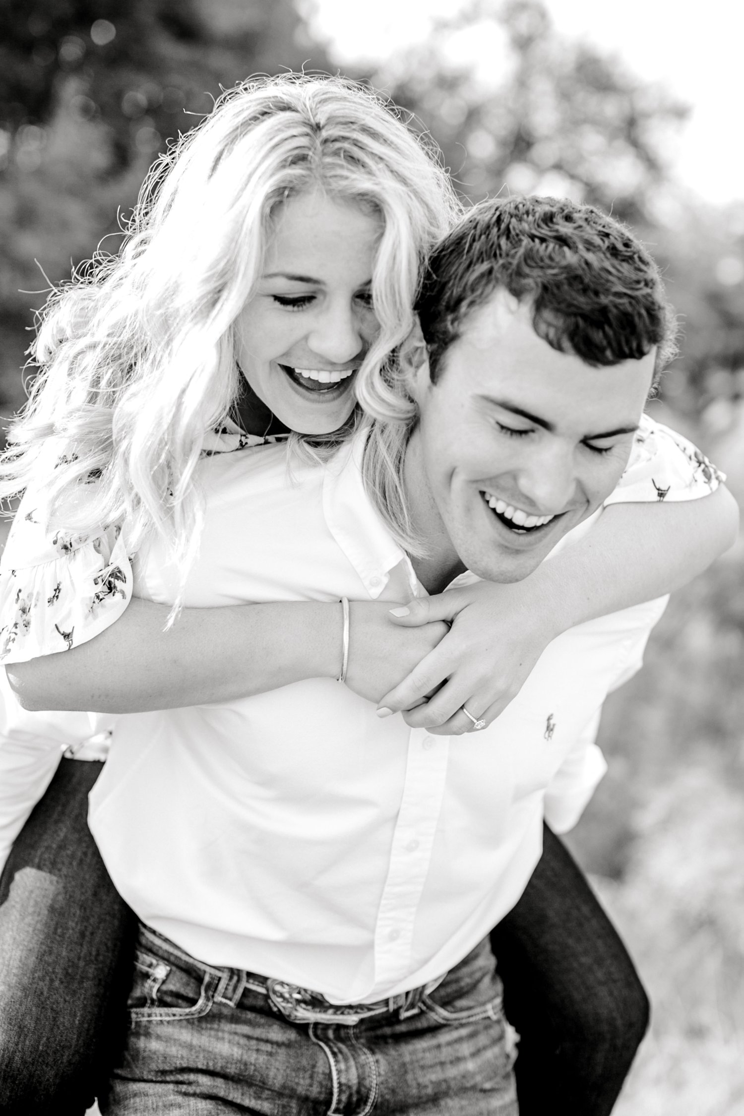Allison_and_Clay_Smart_Engagements_ALLEEJ_Lubbock_Photographer_0037.jpg