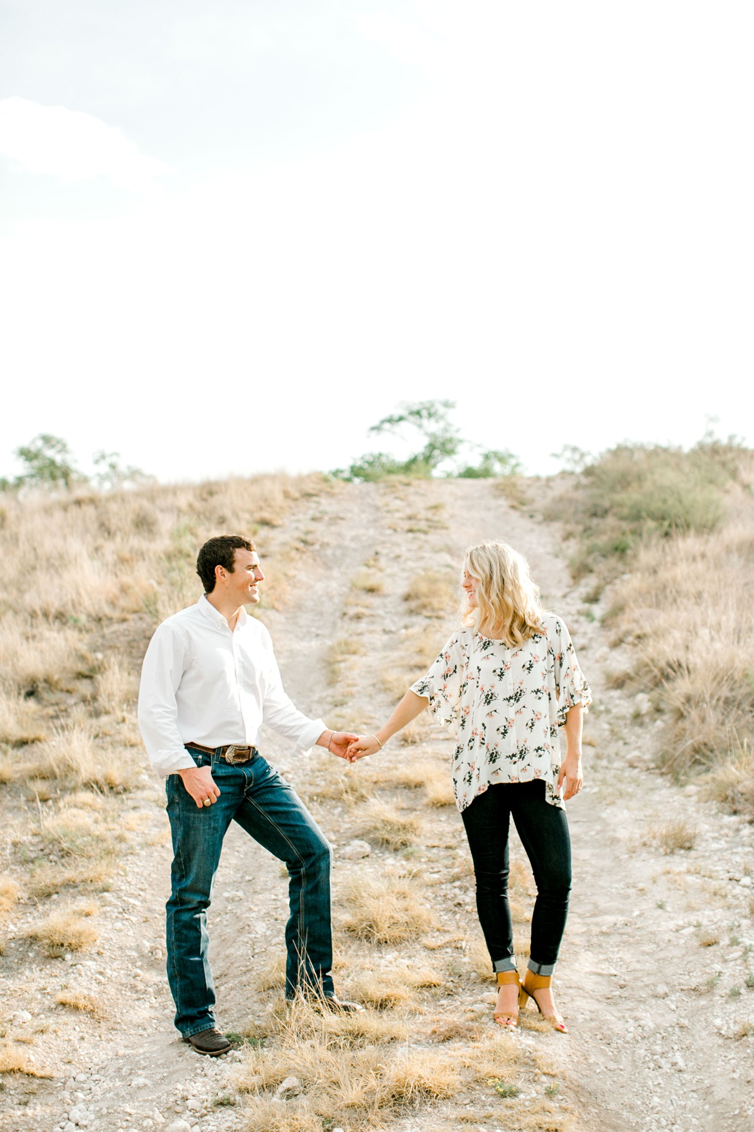 Allison_and_Clay_Smart_Engagements_ALLEEJ_Lubbock_Photographer_0042.jpg
