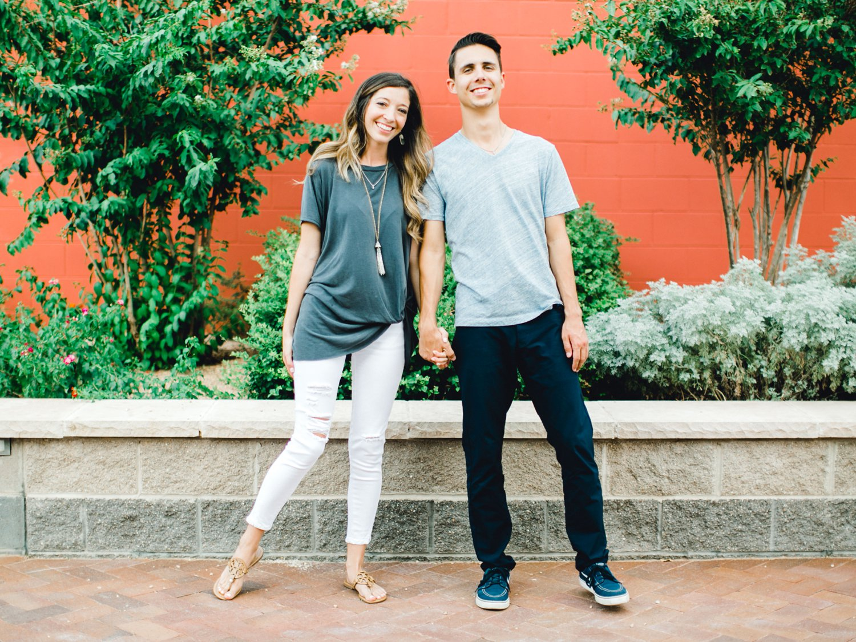 Ashley_and_John_English_ALLEEJ_Lubbock_Engagement_Photographer_0020.jpg