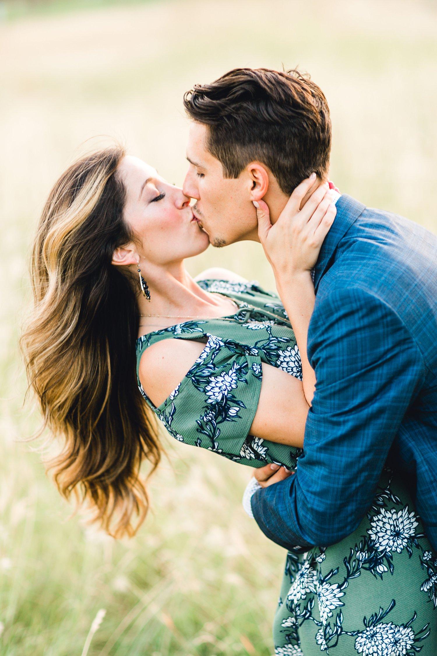 Ashley_and_John_English_ALLEEJ_Lubbock_Engagement_Photographer_0095.jpg