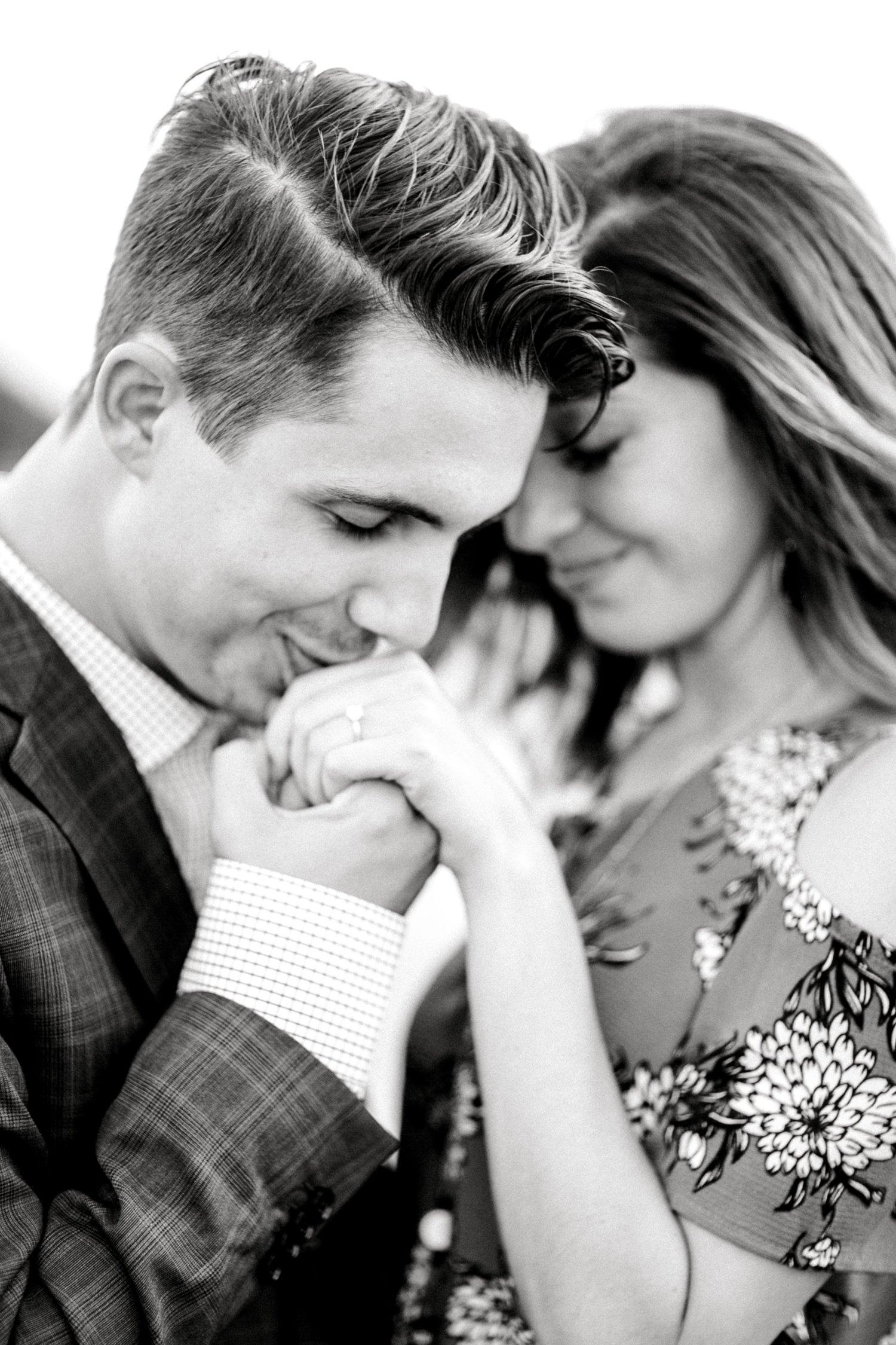 Ashley_and_John_English_ALLEEJ_Lubbock_Engagement_Photographer_0103.jpg
