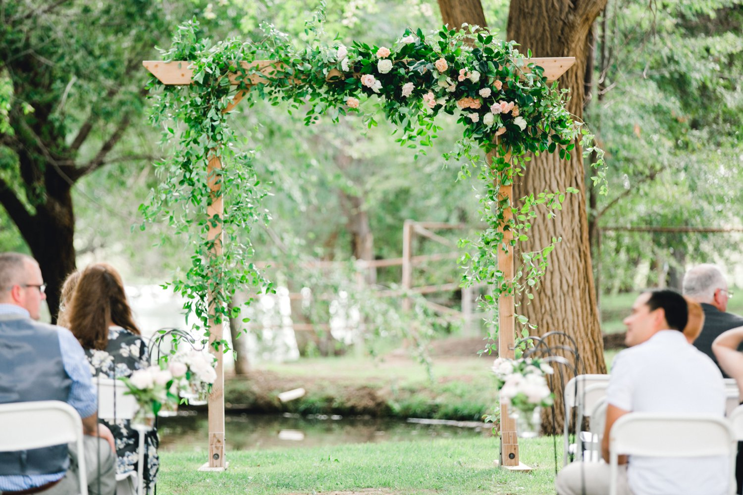 SARAH_AND_GEOFFREY_SHARP_SPIRIT_RANCH_WEDDING_ALLEEJ_LUBBOCK_TX_0029.jpg
