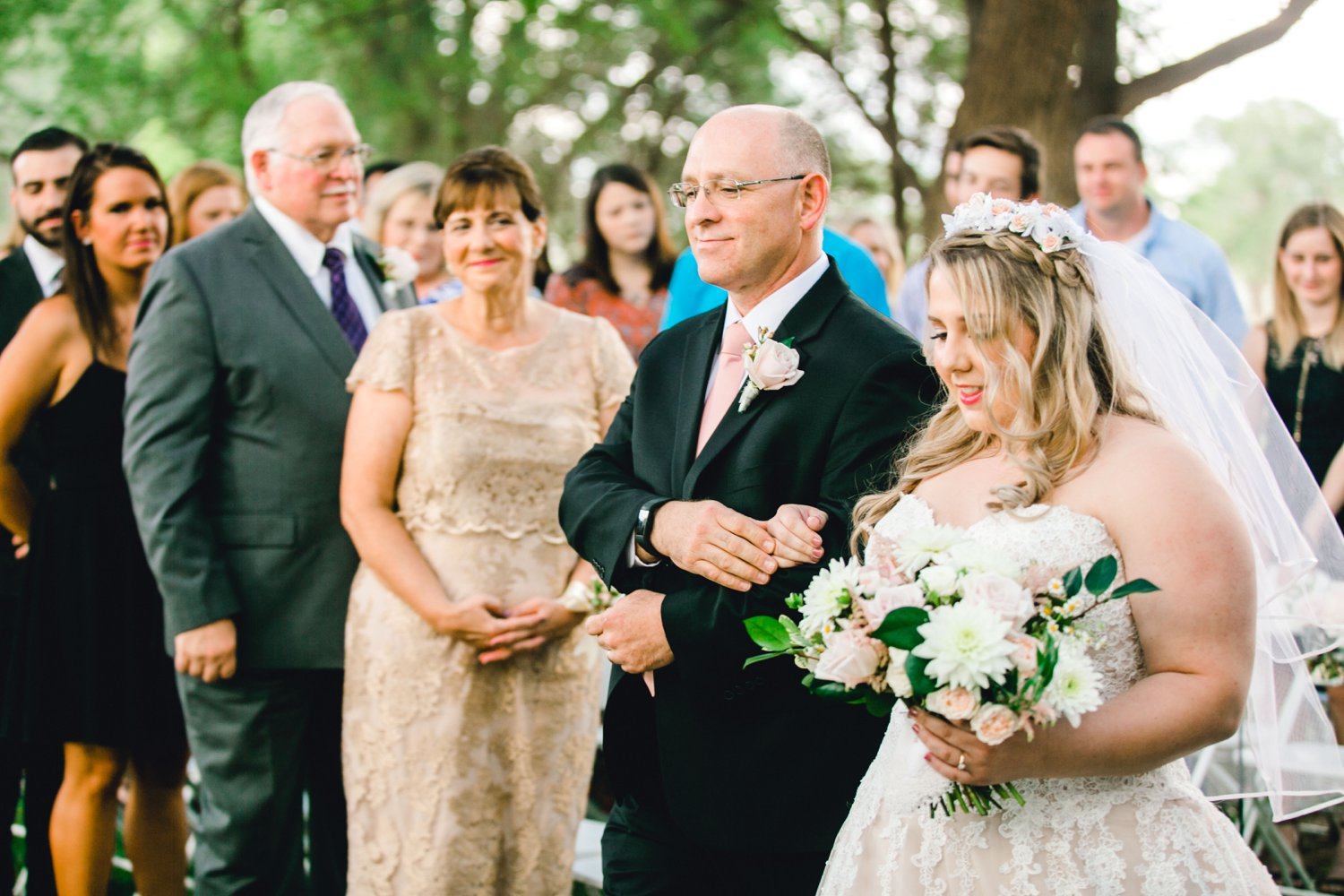 SARAH_AND_GEOFFREY_SHARP_SPIRIT_RANCH_WEDDING_ALLEEJ_LUBBOCK_TX_0041.jpg