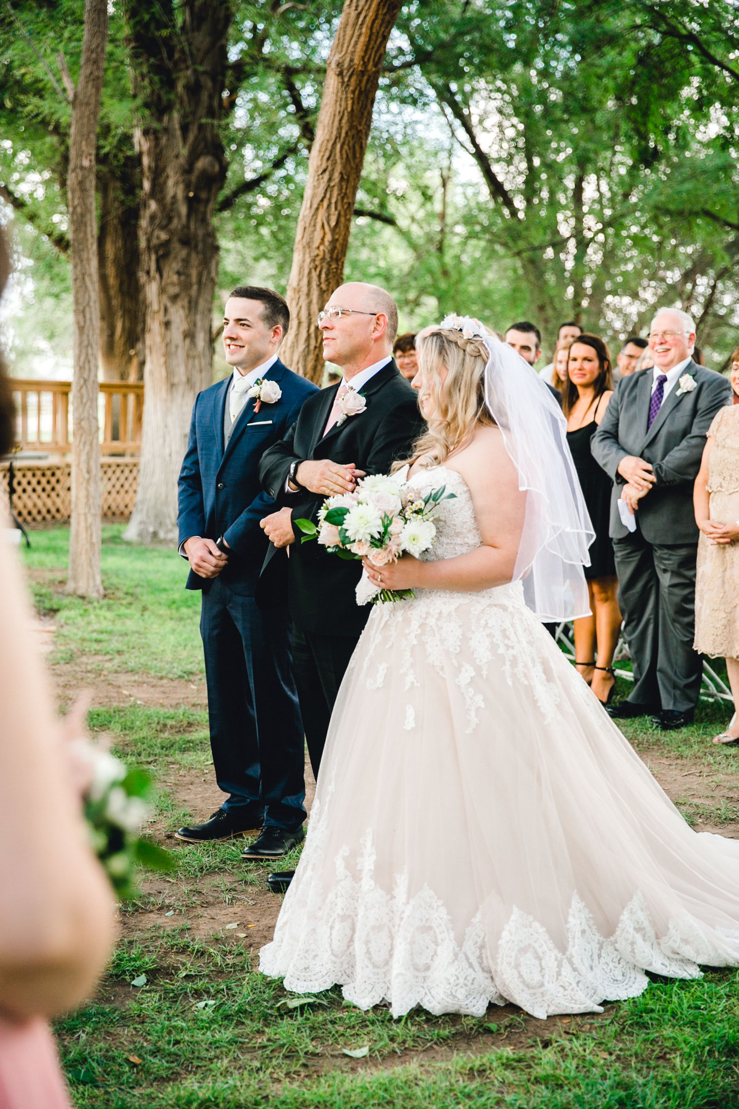 SARAH_AND_GEOFFREY_SHARP_SPIRIT_RANCH_WEDDING_ALLEEJ_LUBBOCK_TX_0040.jpg