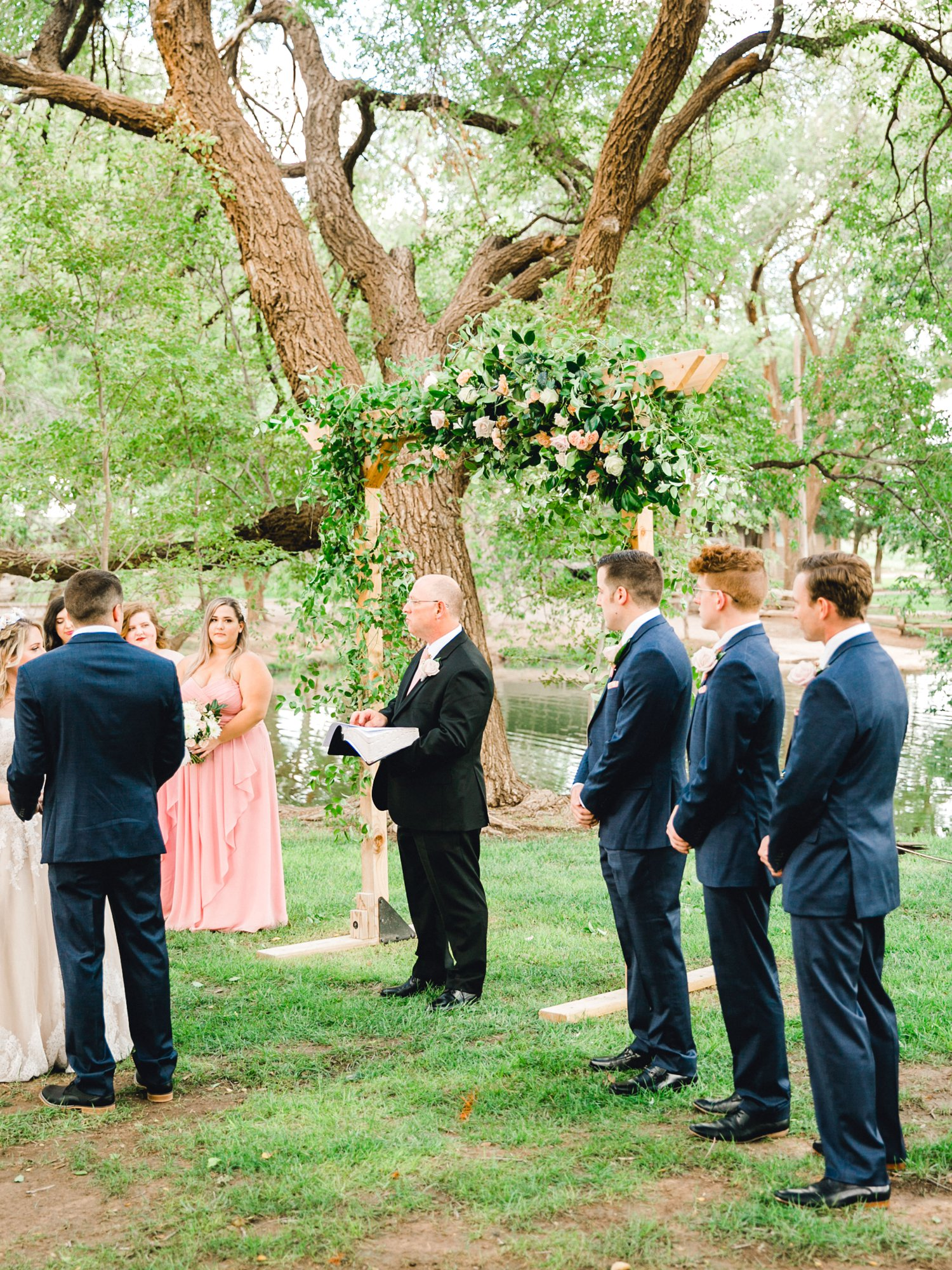 SARAH_AND_GEOFFREY_SHARP_SPIRIT_RANCH_WEDDING_ALLEEJ_LUBBOCK_TX_0054.jpg