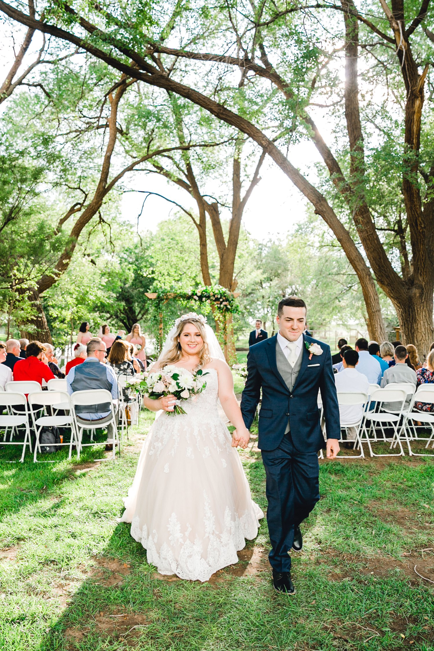 SARAH_AND_GEOFFREY_SHARP_SPIRIT_RANCH_WEDDING_ALLEEJ_LUBBOCK_TX_0078.jpg