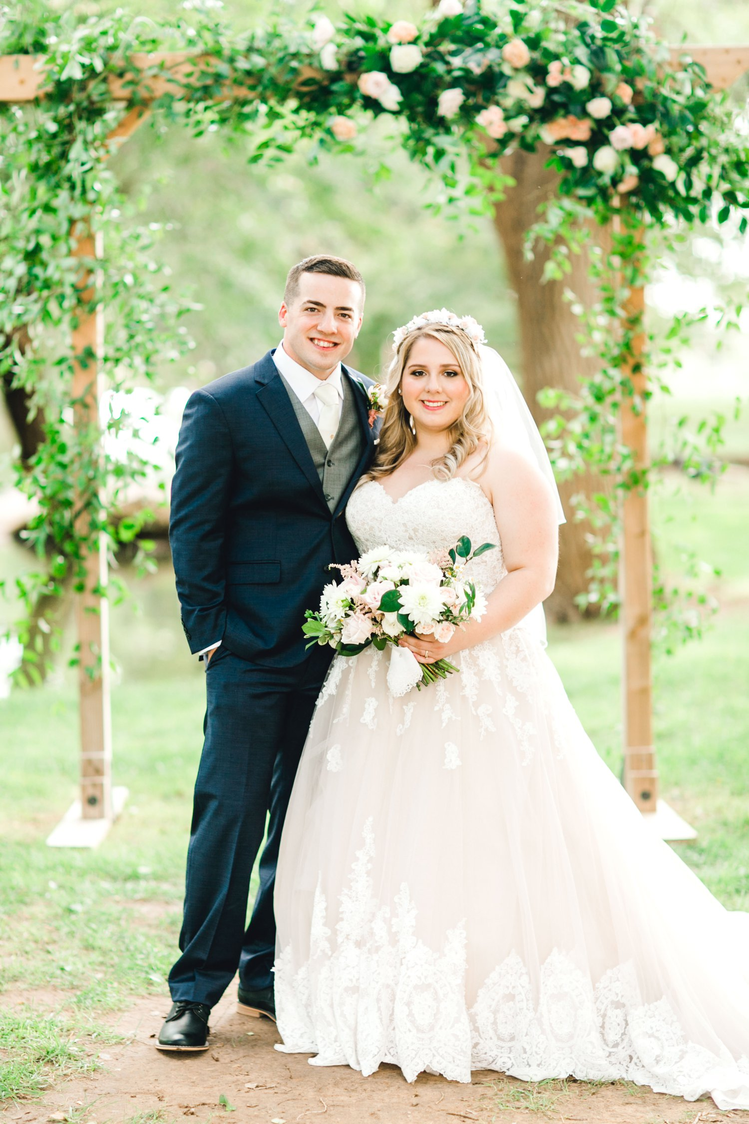 SARAH_AND_GEOFFREY_SHARP_SPIRIT_RANCH_WEDDING_ALLEEJ_LUBBOCK_TX_0092.jpg