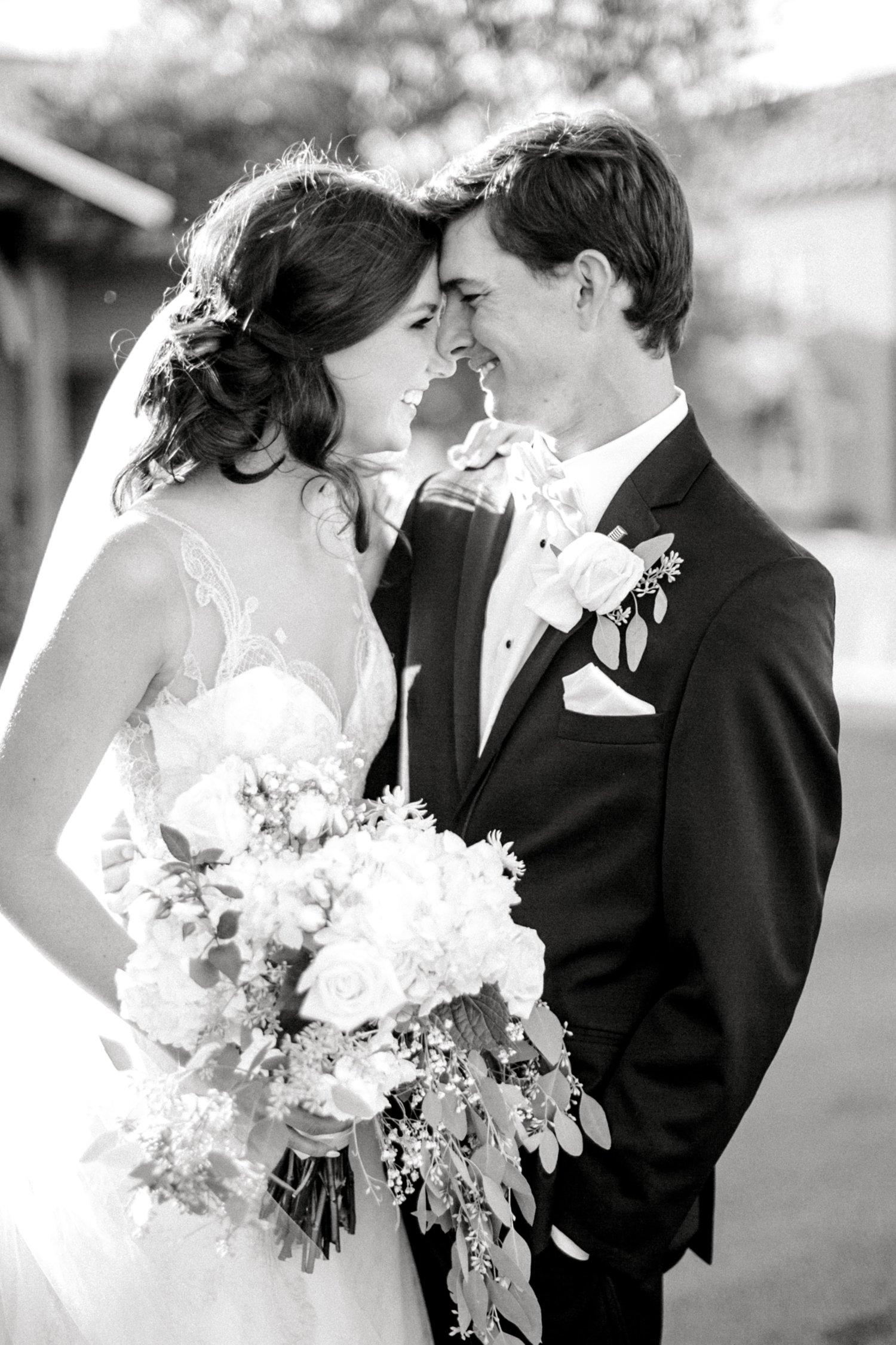 Hunter_and_Molly_Rawls_ALLEEJ_Lubbock_WEDDING_Legacy_Event_Center_0126.jpg
