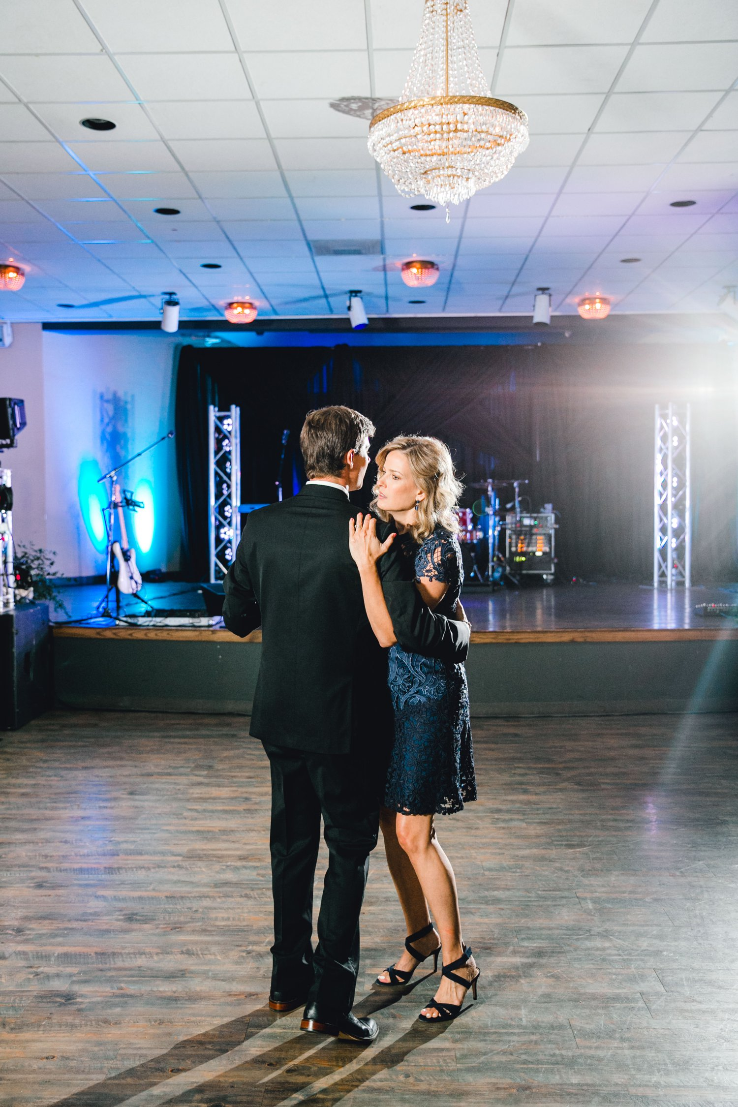 Hunter_and_Molly_Rawls_ALLEEJ_Lubbock_WEDDING_Legacy_Event_Center_0176.jpg