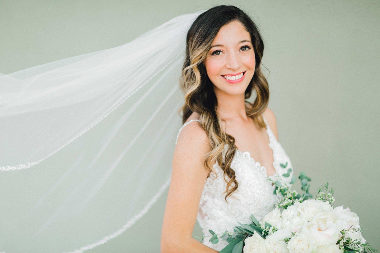 Ashley_Parr_Bridals_ALLEEJ_caprock_winery_romantic_elegant0004.jpg