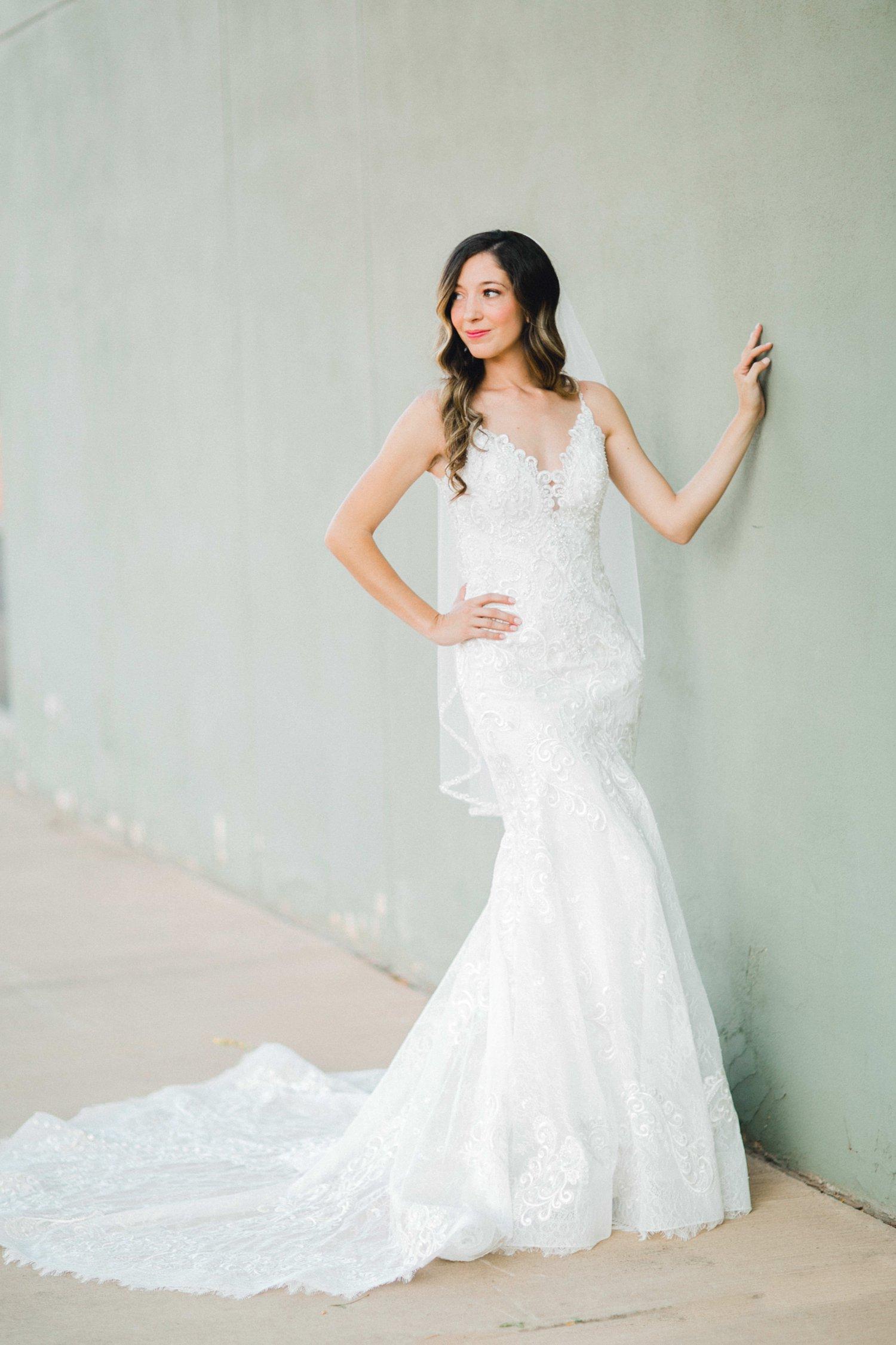 Ashley_Parr_Bridals_ALLEEJ_caprock_winery_romantic_elegant0003.jpg