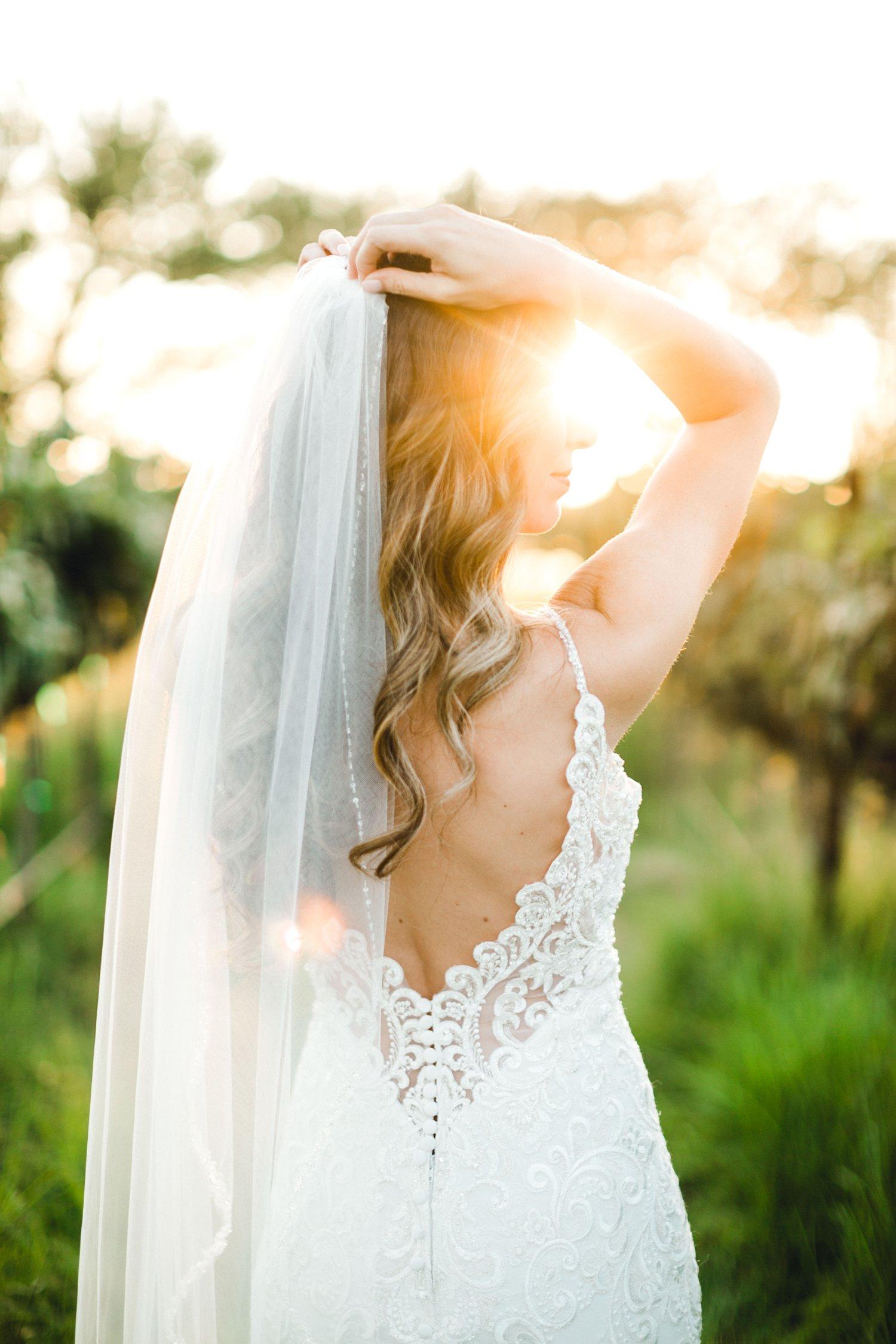 Ashley_Parr_Bridals_ALLEEJ_caprock_winery_romantic_elegant0017.jpg