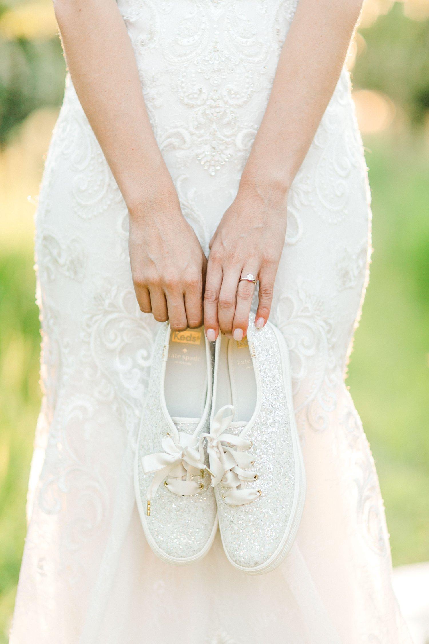 Ashley_Parr_Bridals_ALLEEJ_caprock_winery_romantic_elegant0019.jpg