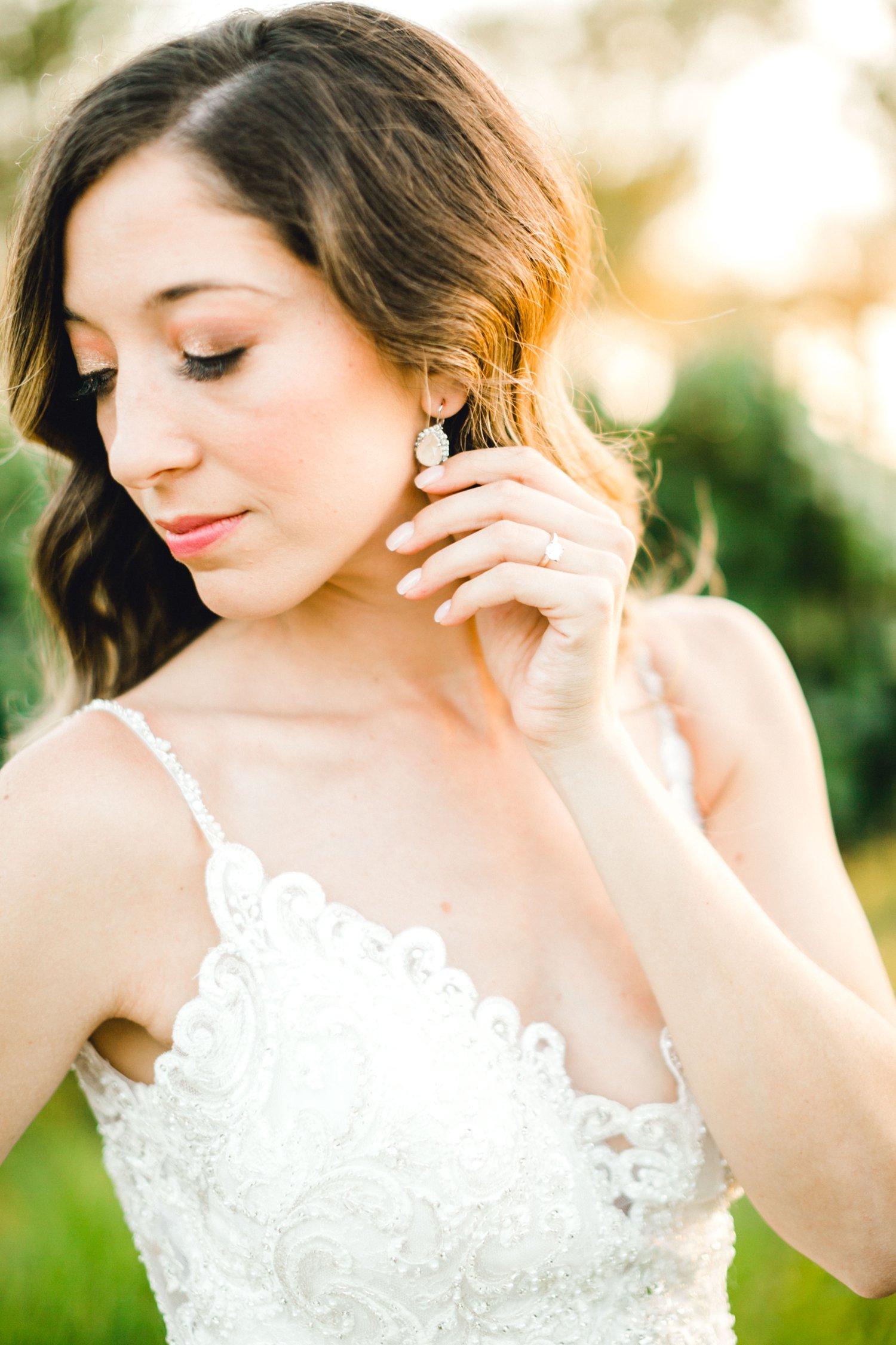 Ashley_Parr_Bridals_ALLEEJ_caprock_winery_romantic_elegant0026.jpg