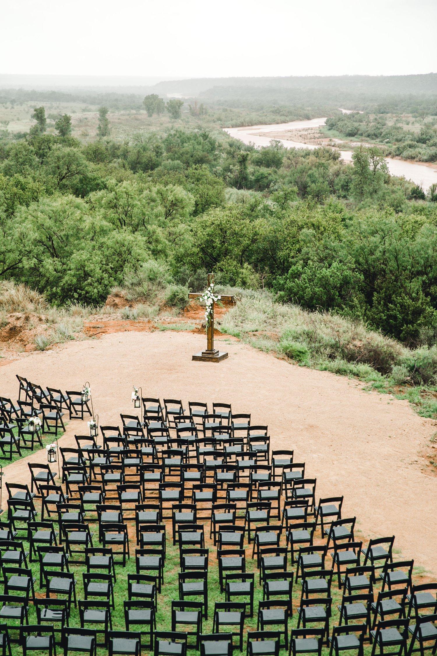 Ashley_John_English_Elegant_Texas_Wedding_Outdoors_Ranch_Caprock_Winery_ALLEEJ_0030.jpg