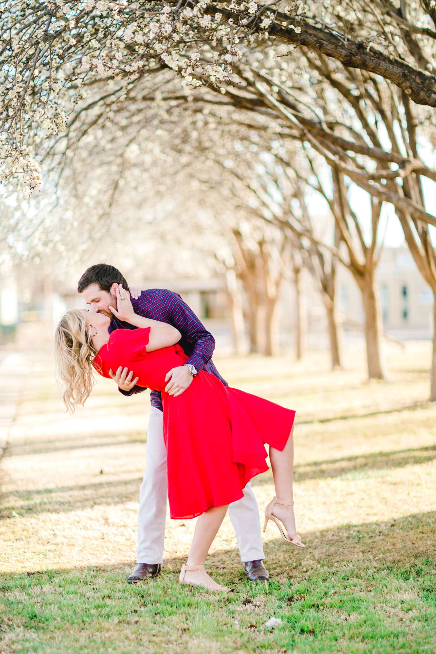 ALLY+DILLON+CUSTER+ALLEEJ+LUBBOCK+ENGAGEMENTS_0029.jpg