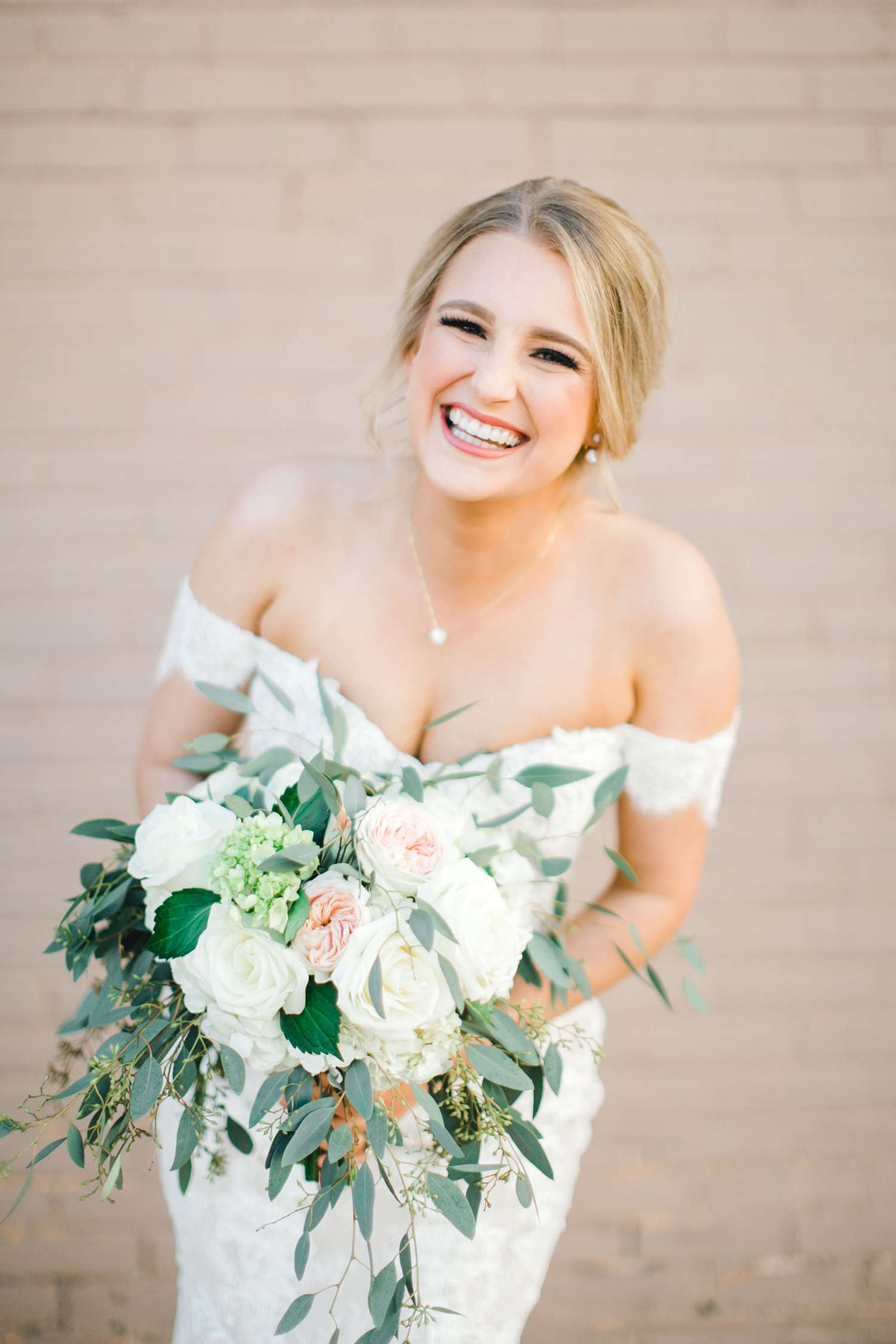 MORGAN+BOONE+BRIDALS+WEDDING+PHOTOGRAPHER_0016.jpg