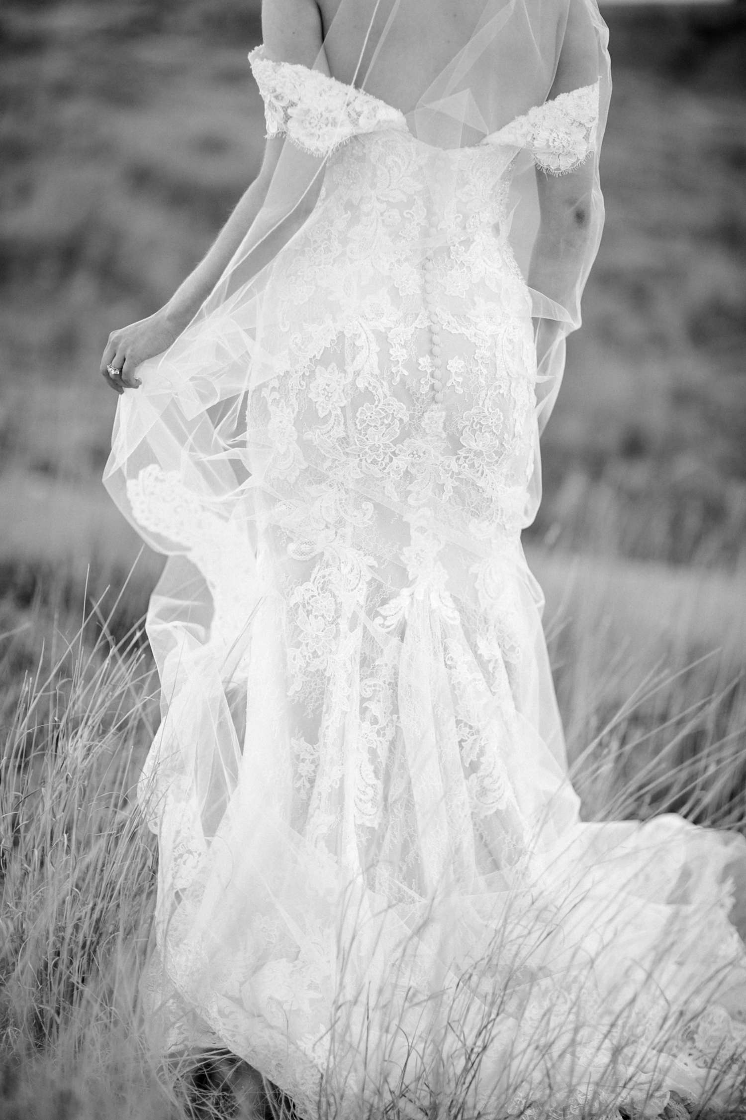 MORGAN+BOONE+BRIDALS+WEDDING+PHOTOGRAPHER_0018.jpg