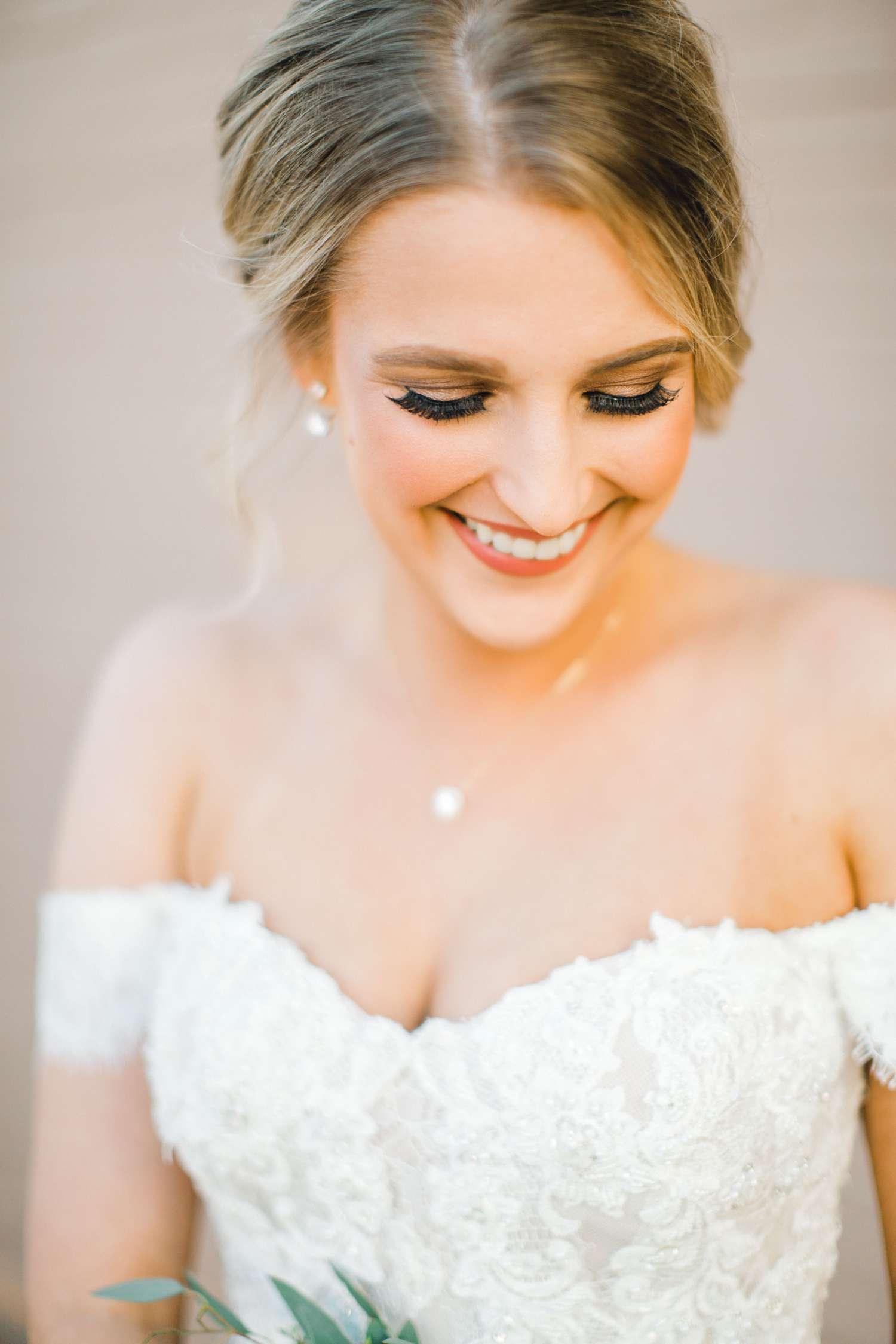 MORGAN+BOONE+BRIDALS+WEDDING+PHOTOGRAPHER_0021.jpg