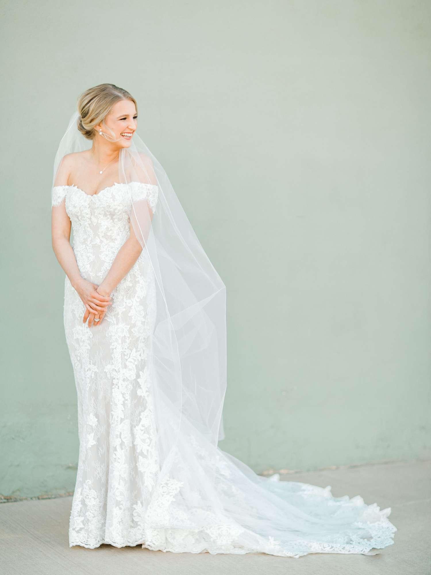 MORGAN+BOONE+BRIDALS+WEDDING+PHOTOGRAPHER_0026.jpg