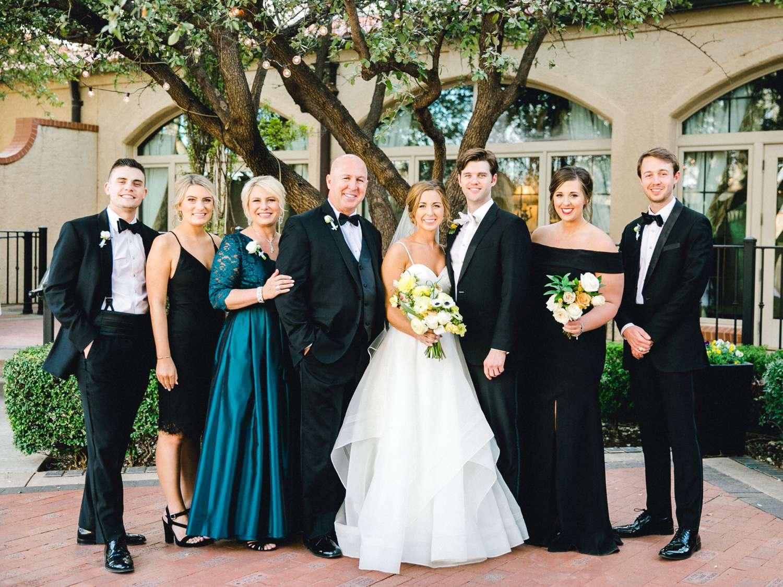 MARLEE+LLOYD+MORGAN+ALLEEJ+TEXAS+TECH+MERKET+ALUMNI+WEDDINGS+LUBBOCK+WEST+TABLE+CLASSIC+SPAIN_0133.jpg