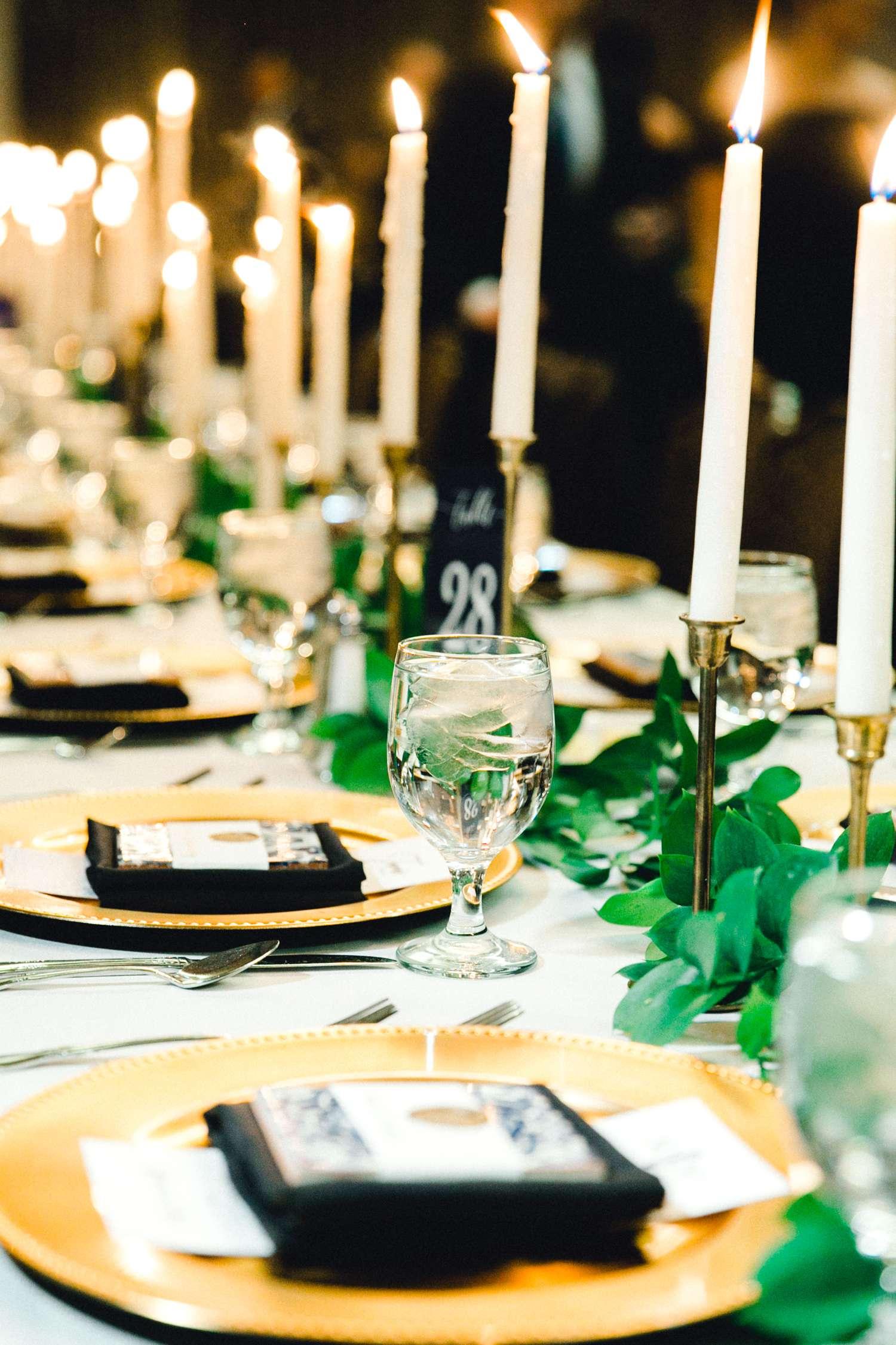 MARLEE+LLOYD+MORGAN+ALLEEJ+TEXAS+TECH+MERKET+ALUMNI+WEDDINGS+LUBBOCK+WEST+TABLE+CLASSIC+SPAIN_0202.jpg