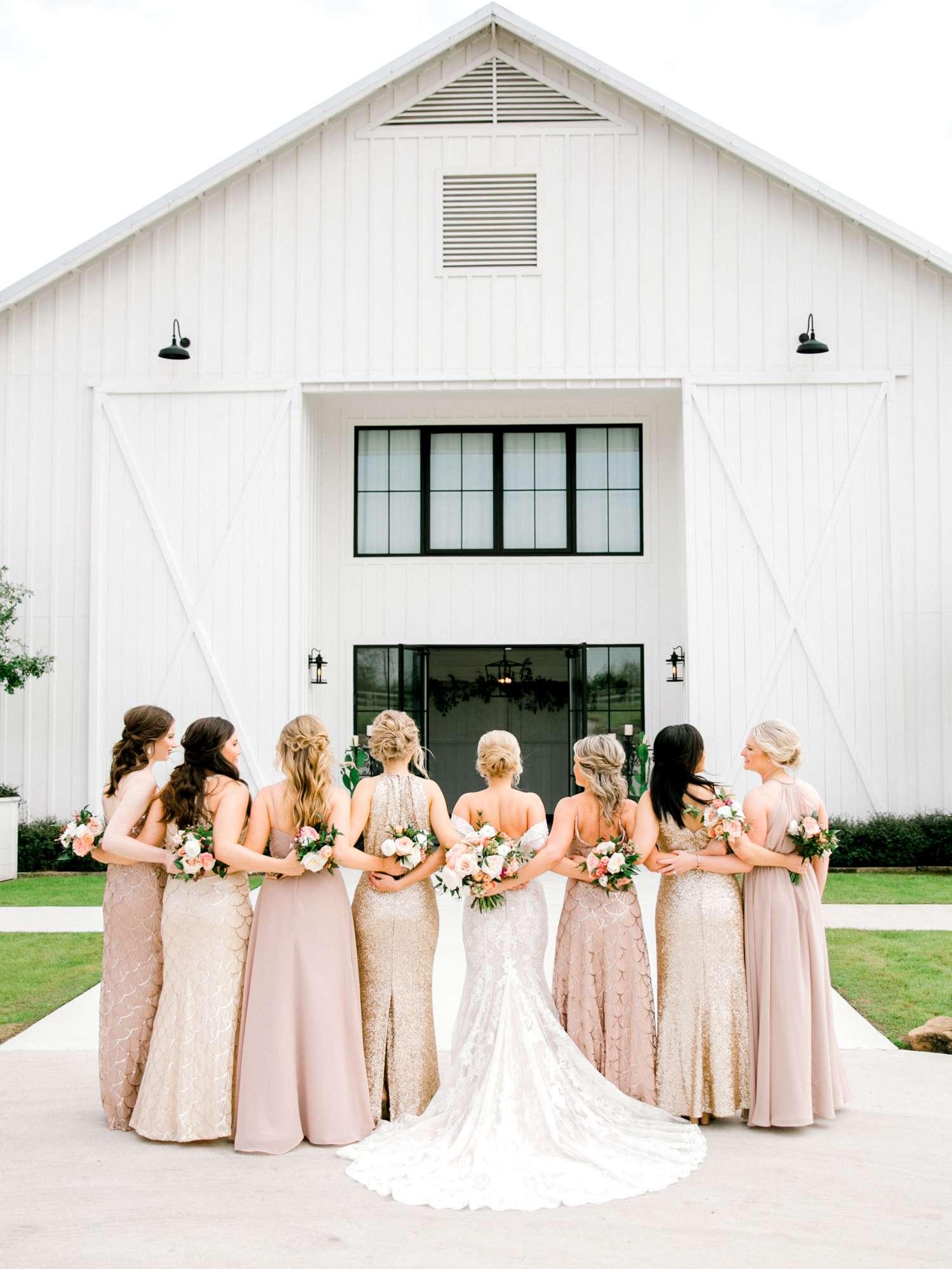 HEBERT_MORGAN_AND_CLAY_ALLEEJ_THE_FARMHOUSE_MONTGOMERY_TEXAS_WEDDING_0026.jpg