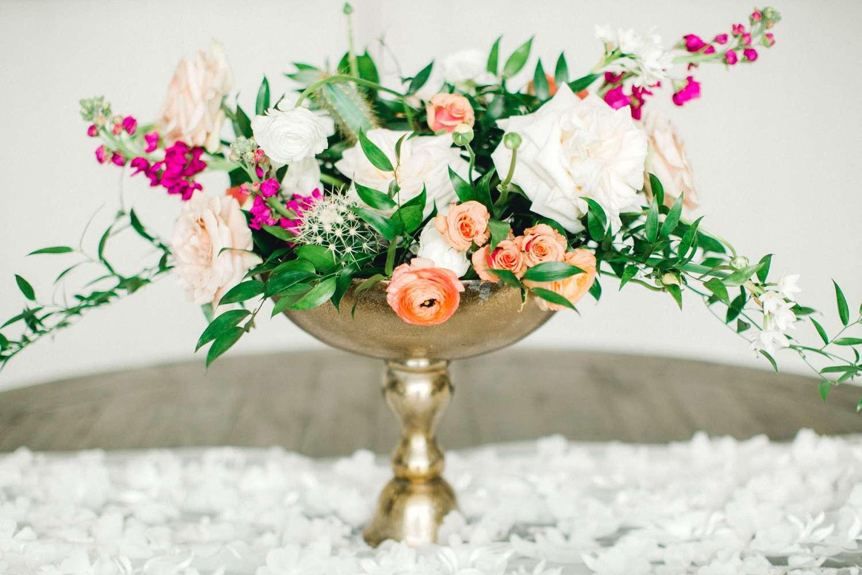 HEBERT_MORGAN_AND_CLAY_ALLEEJ_THE_FARMHOUSE_MONTGOMERY_TEXAS_WEDDING_0055.jpg