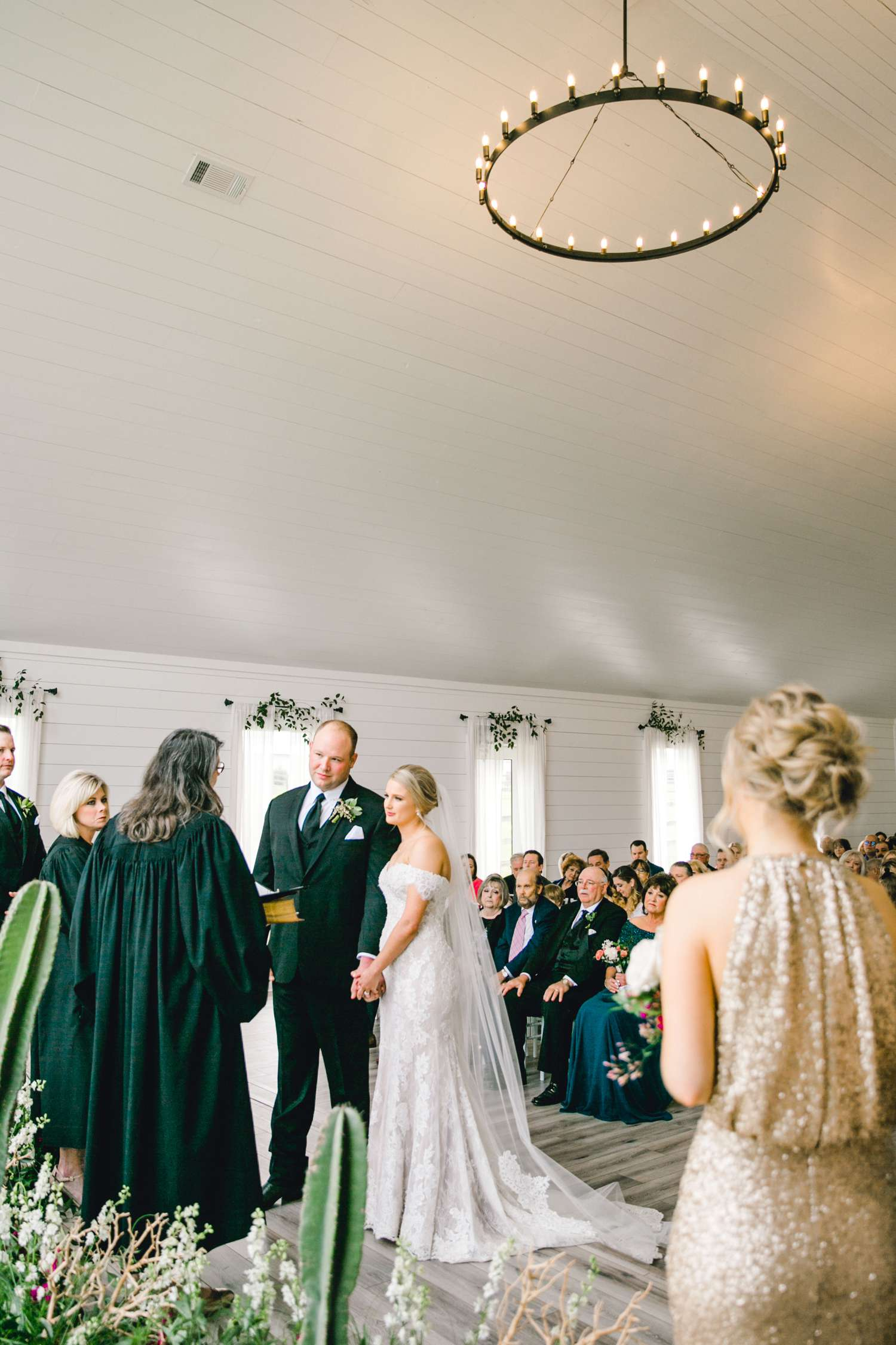 HEBERT_MORGAN_AND_CLAY_ALLEEJ_THE_FARMHOUSE_MONTGOMERY_TEXAS_WEDDING_0096.jpg