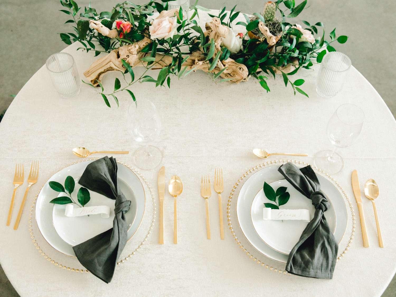HEBERT_MORGAN_AND_CLAY_ALLEEJ_THE_FARMHOUSE_MONTGOMERY_TEXAS_WEDDING_0125.jpg