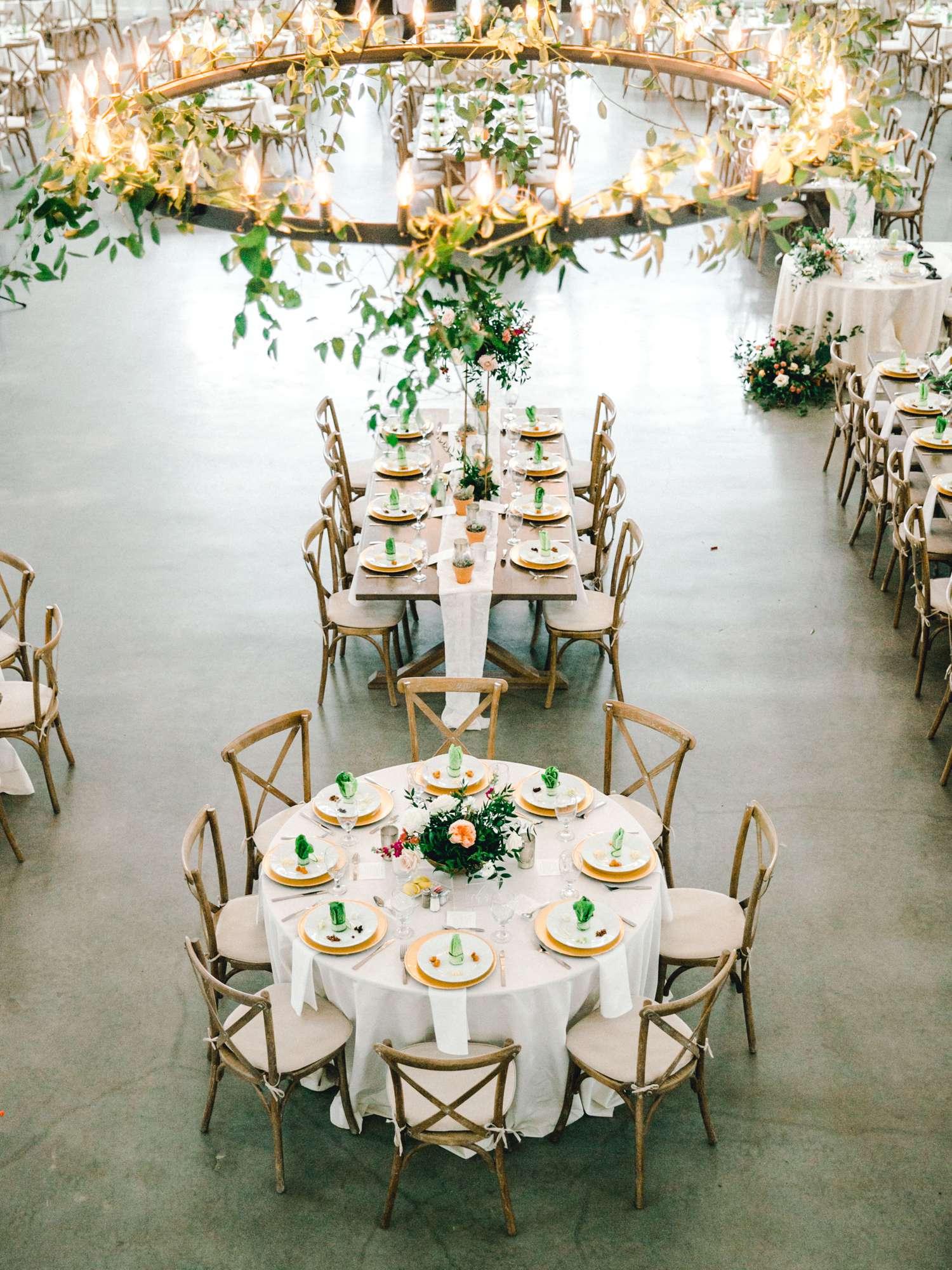 HEBERT_MORGAN_AND_CLAY_ALLEEJ_THE_FARMHOUSE_MONTGOMERY_TEXAS_WEDDING_0127.jpg
