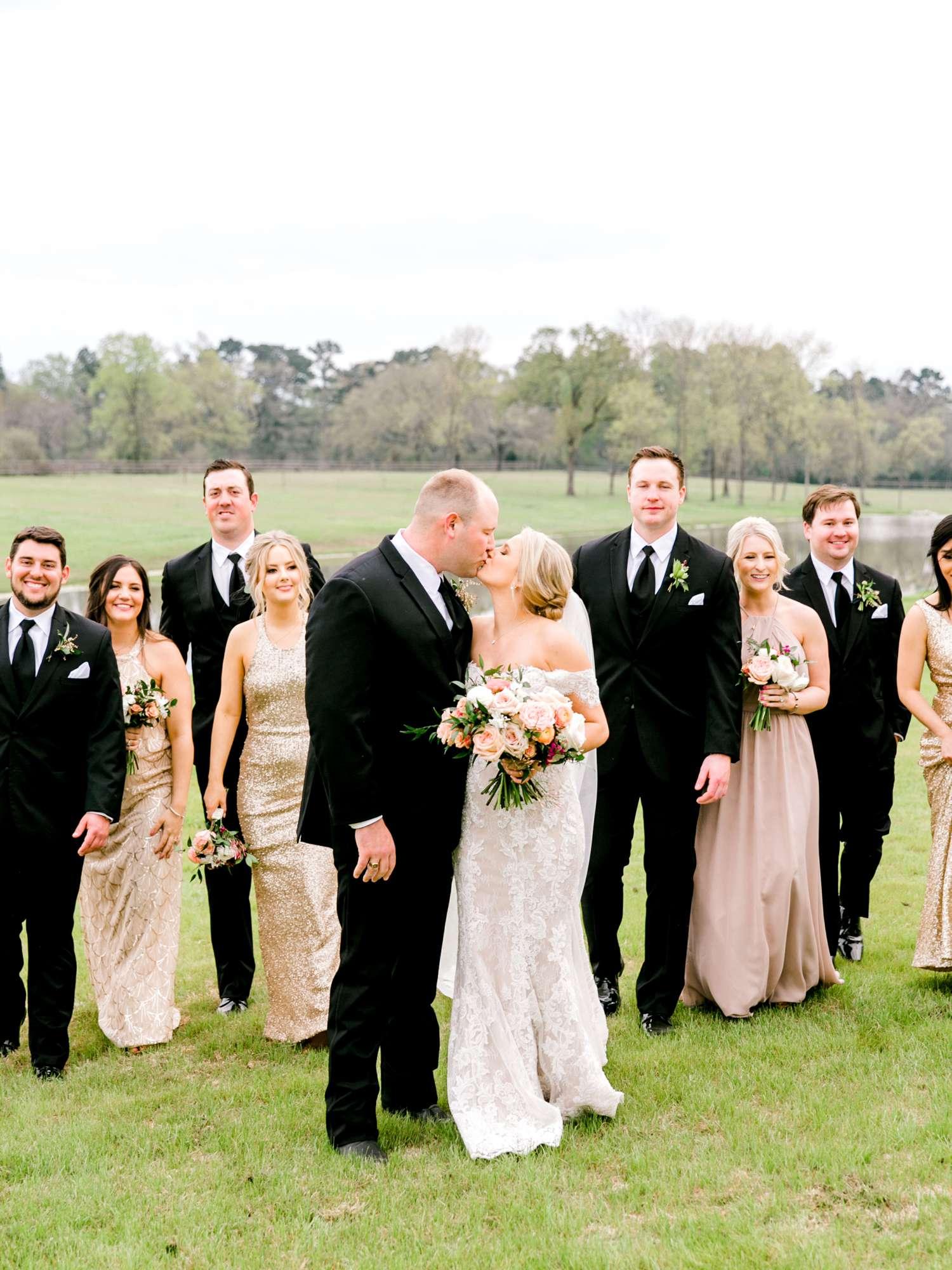 HEBERT_MORGAN_AND_CLAY_ALLEEJ_THE_FARMHOUSE_MONTGOMERY_TEXAS_WEDDING_0139.jpg