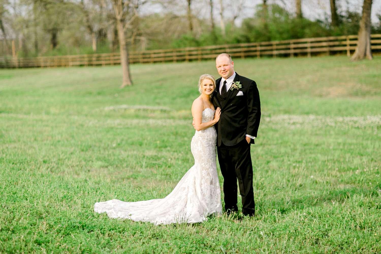 HEBERT_MORGAN_AND_CLAY_ALLEEJ_THE_FARMHOUSE_MONTGOMERY_TEXAS_WEDDING_0144.jpg