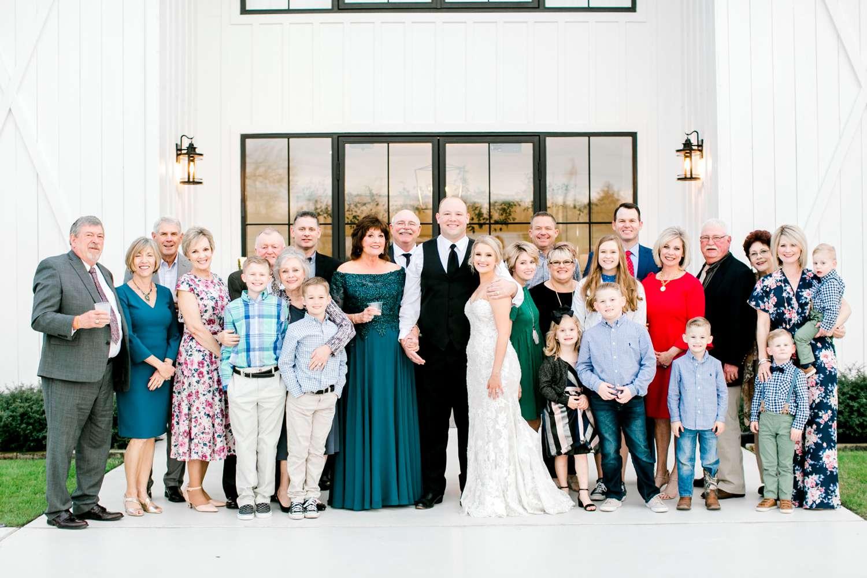 HEBERT_MORGAN_AND_CLAY_ALLEEJ_THE_FARMHOUSE_MONTGOMERY_TEXAS_WEDDING_0191.jpg