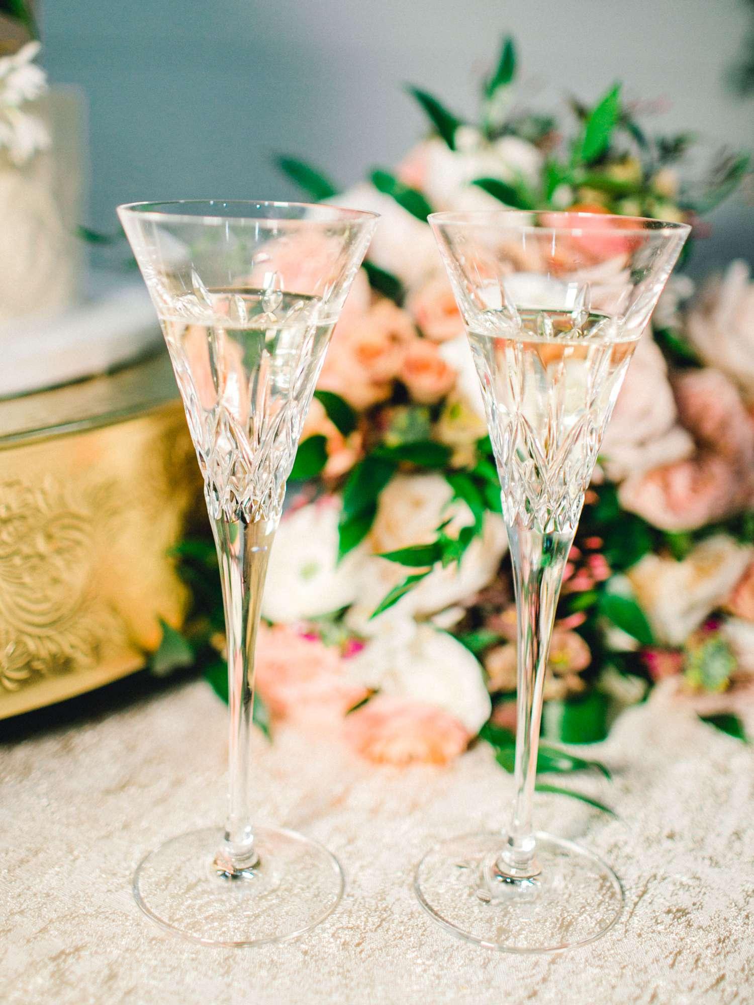 HEBERT_MORGAN_AND_CLAY_ALLEEJ_THE_FARMHOUSE_MONTGOMERY_TEXAS_WEDDING_0201.jpg