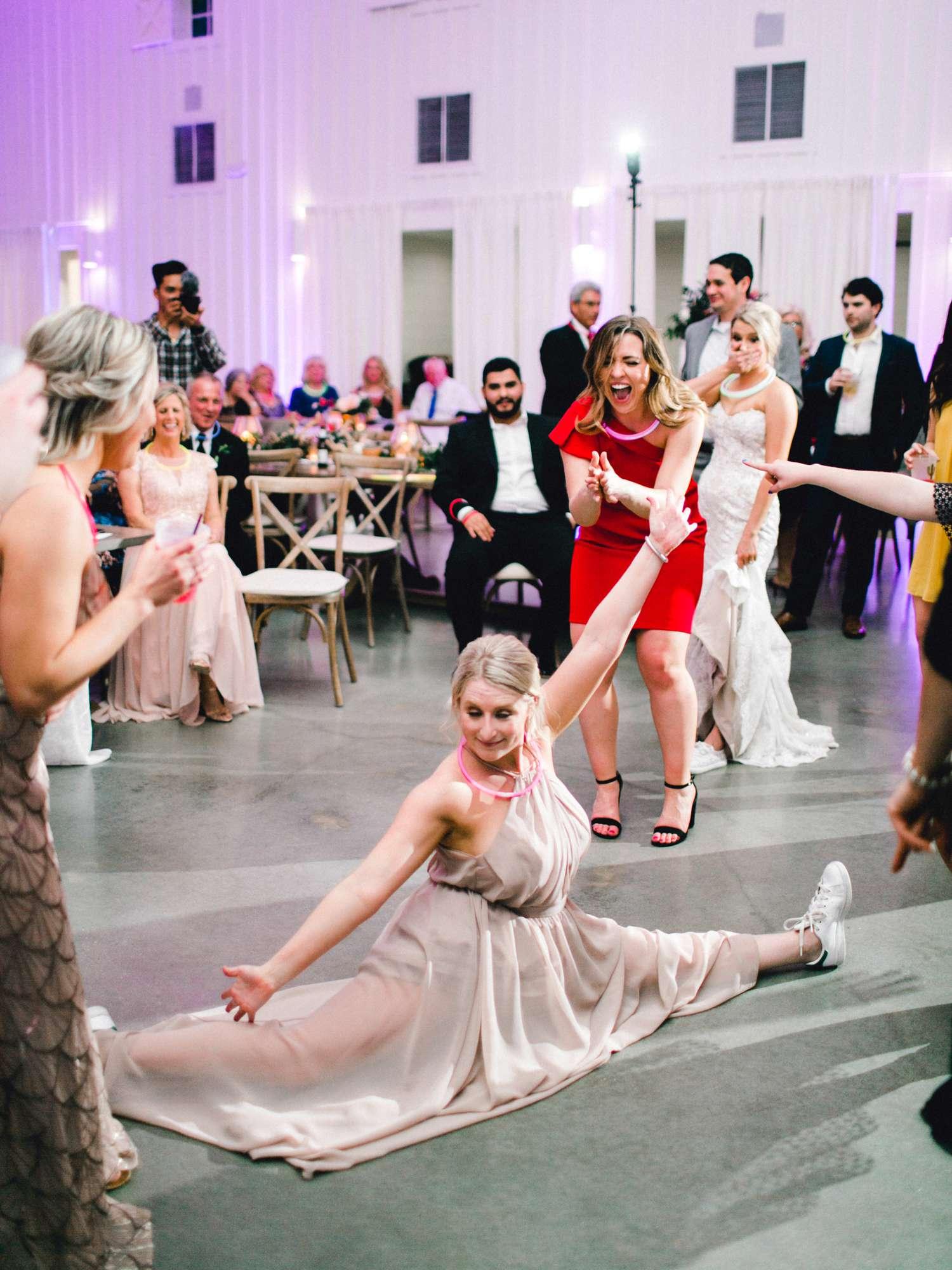 HEBERT_MORGAN_AND_CLAY_ALLEEJ_THE_FARMHOUSE_MONTGOMERY_TEXAS_WEDDING_0233.jpg
